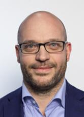 Lorenzo Fontana daticamera 2018.jpg
