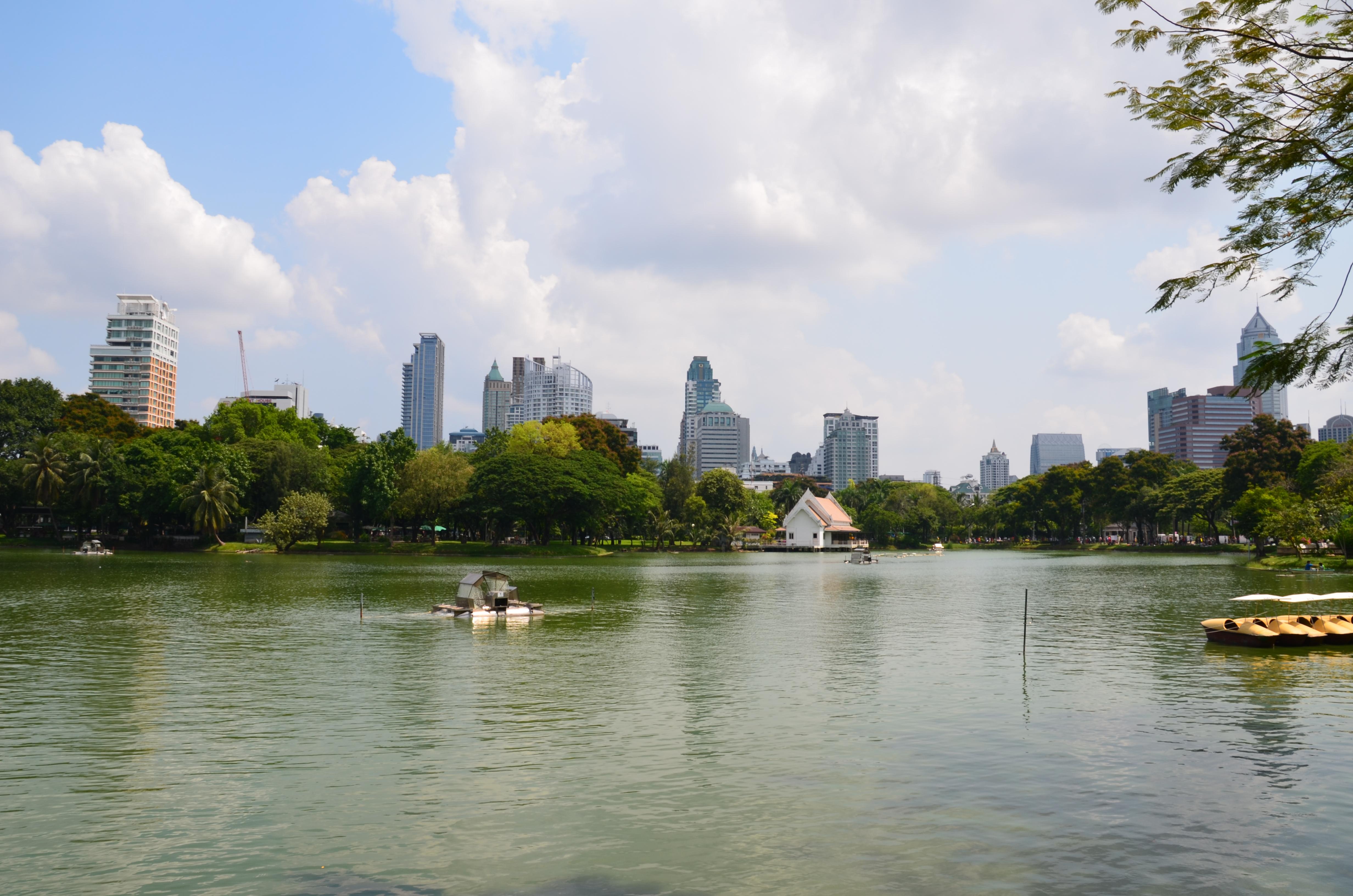 File:Lumpini Park, Bangkok, Thailand Ratchadamri-Ratchaphrasong Commercial Di...