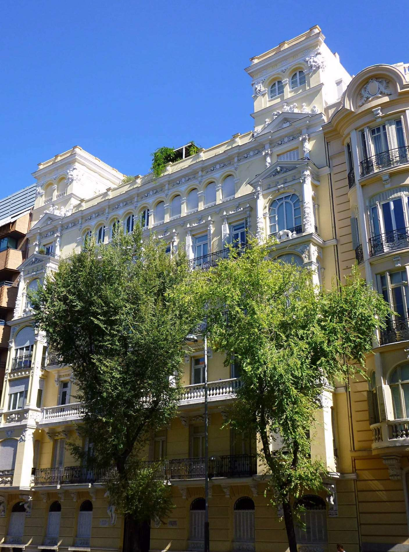 Archivo madrid calle almagro edificio juli n mart nez - H m calle orense madrid ...