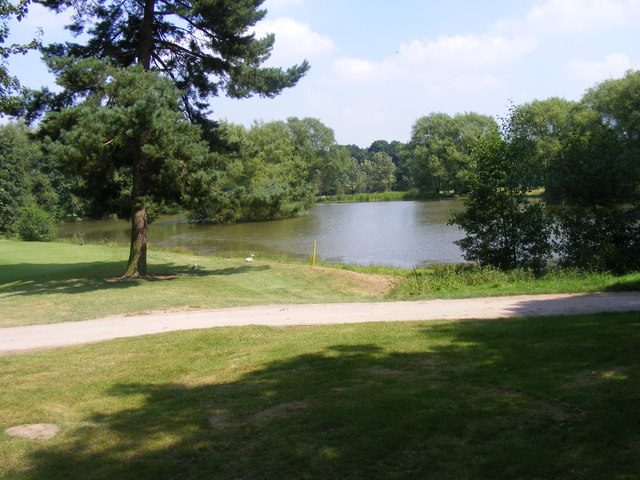 Maxstoke Golfing lake - geograph.org.uk - 900409