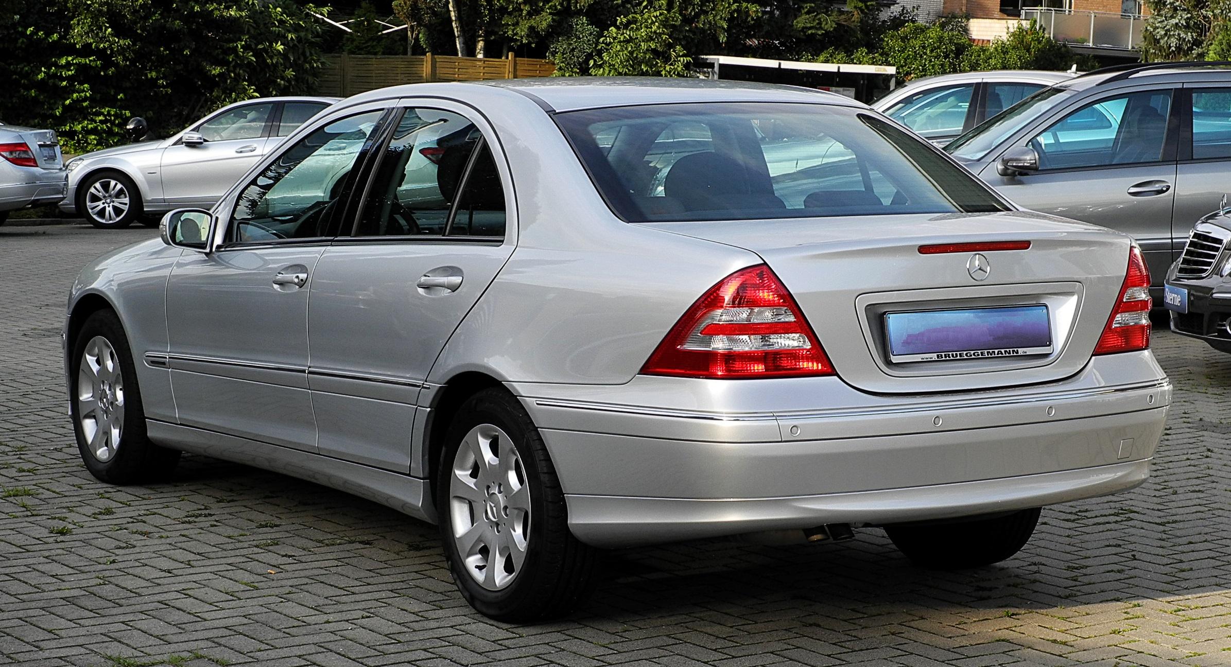 Mercedes benz c 230 elegance w 203 facelift for 57 mercedes benz