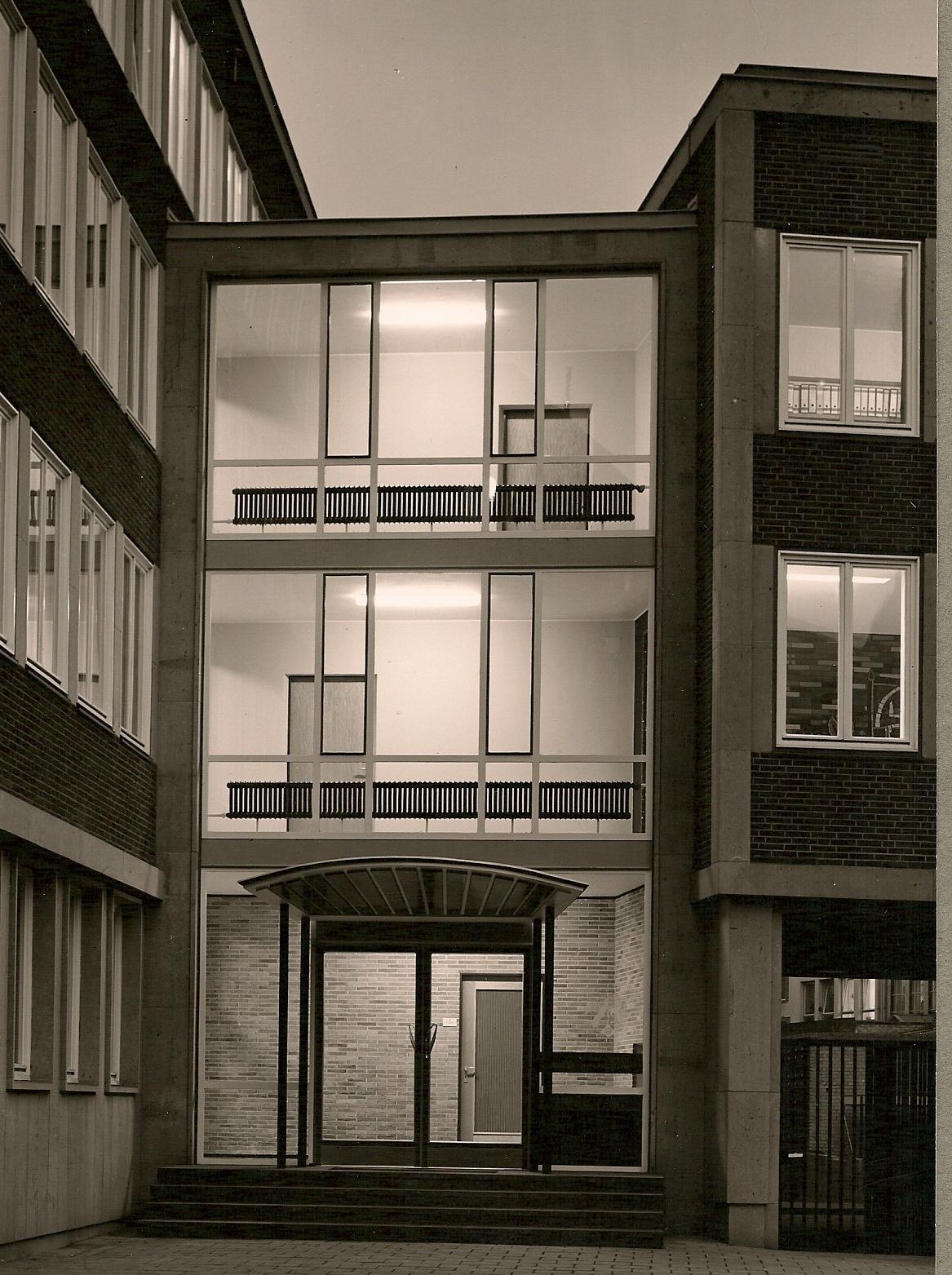 file neues beh rdenhaus am alten steinweg in m nster 1959 eingang. Black Bedroom Furniture Sets. Home Design Ideas