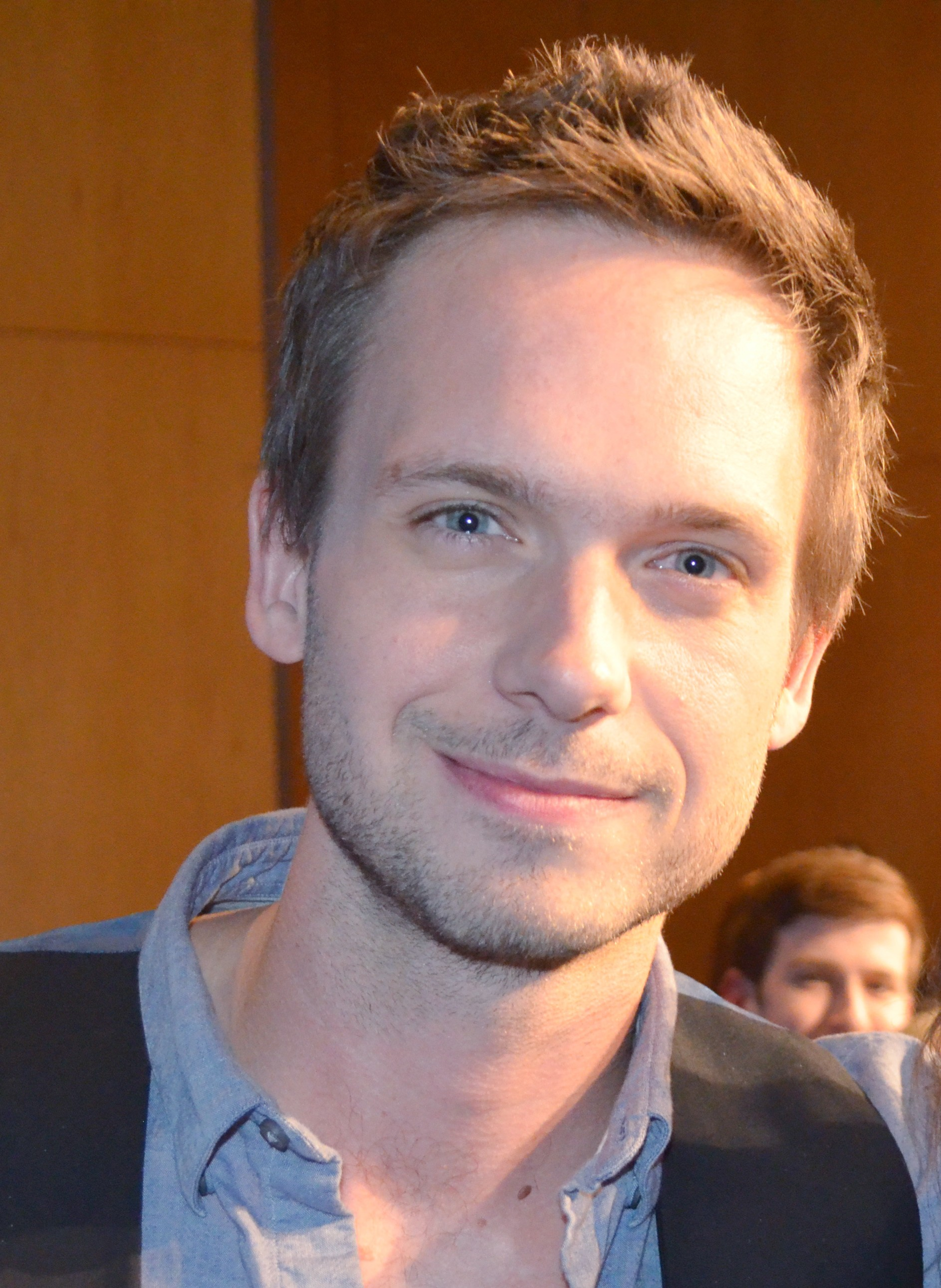 The 37-year old son of father (?) and mother(?) Patrick J. Adams in 2018 photo. Patrick J. Adams earned a unknown million dollar salary - leaving the net worth at 10 million in 2018