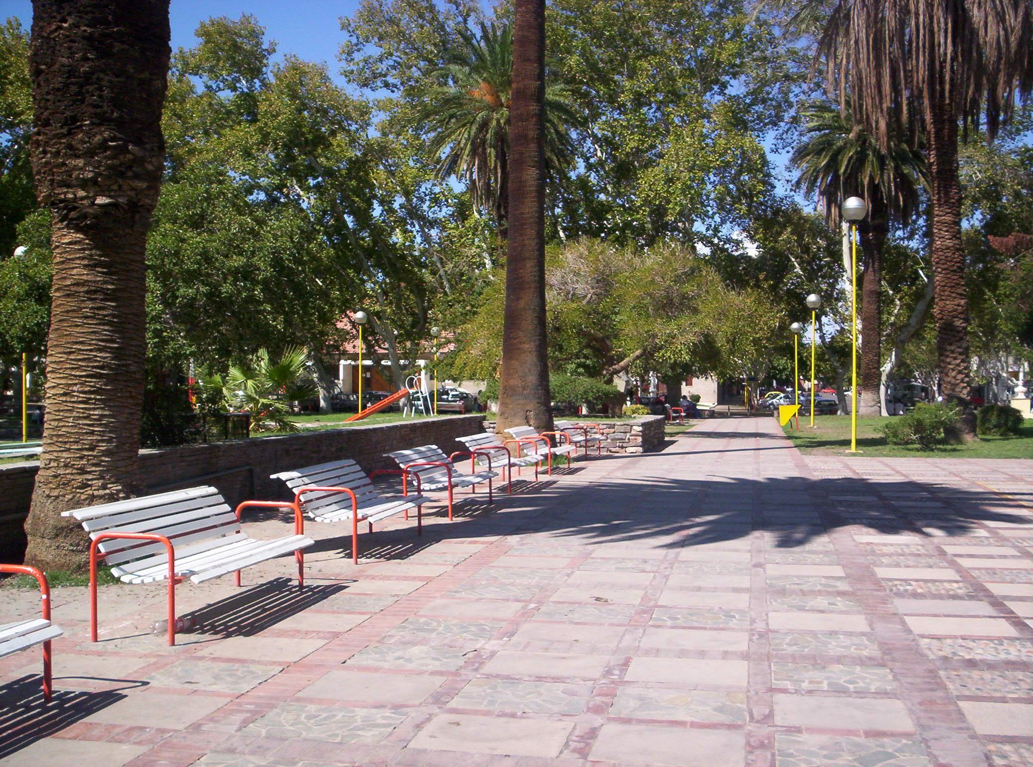 Parque          Plaza_Aberastain,_ciudad_de_San_Juan,_Argentina