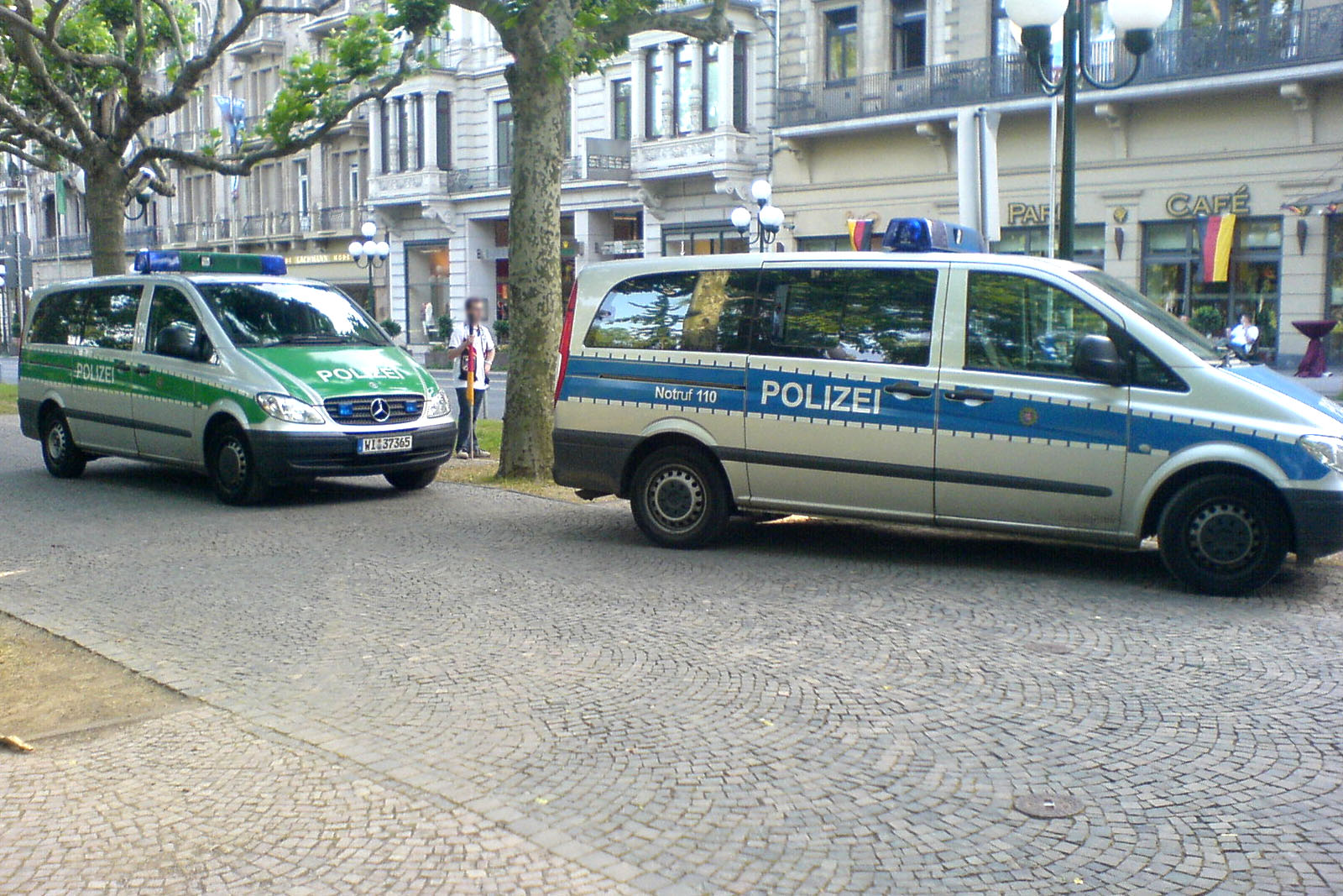 Polizei Grün Blau