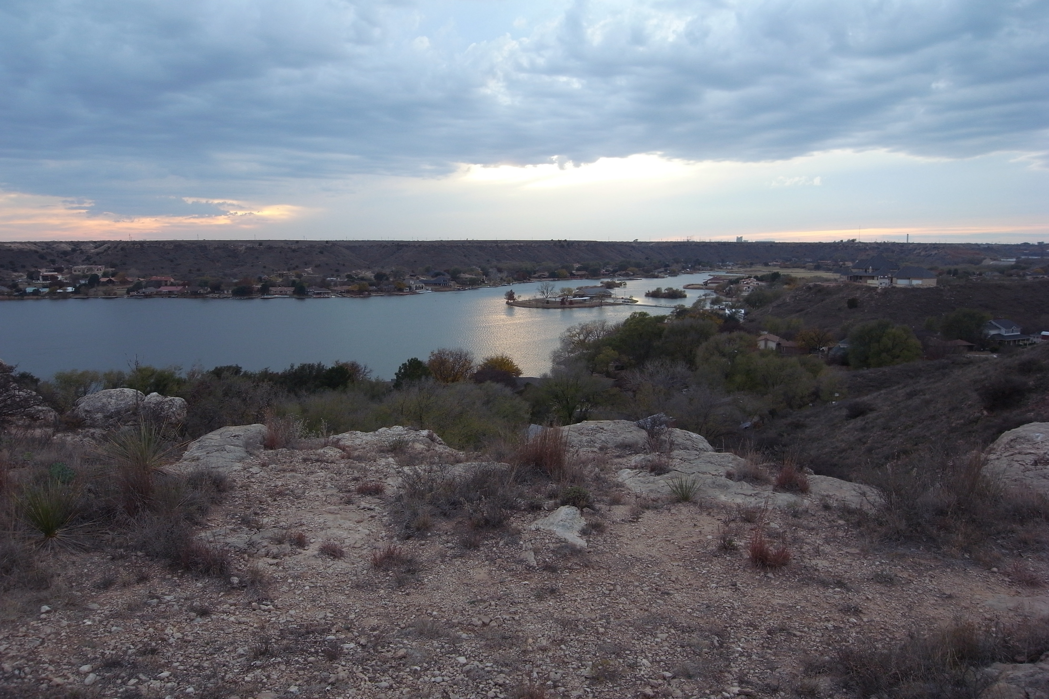 ransom canyon single parents Ransom canyon, tx stats and demographics for the 79366 zip code zip code 79366 is located in northern texas and covers a slightly less than average land area compared to other zip codes in the united states.