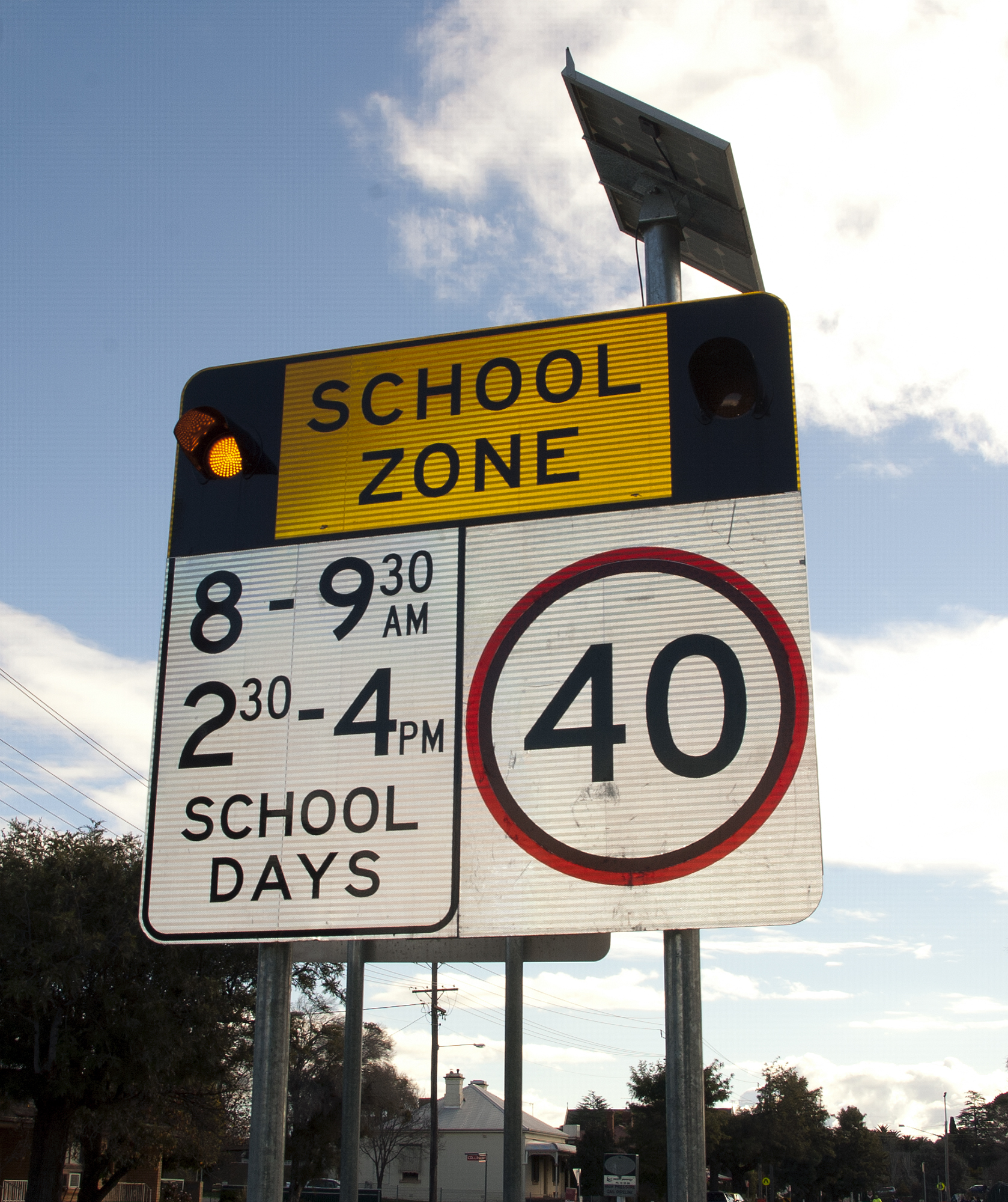 Citaten School Zone : File reflective led school zone sign g wikimedia commons