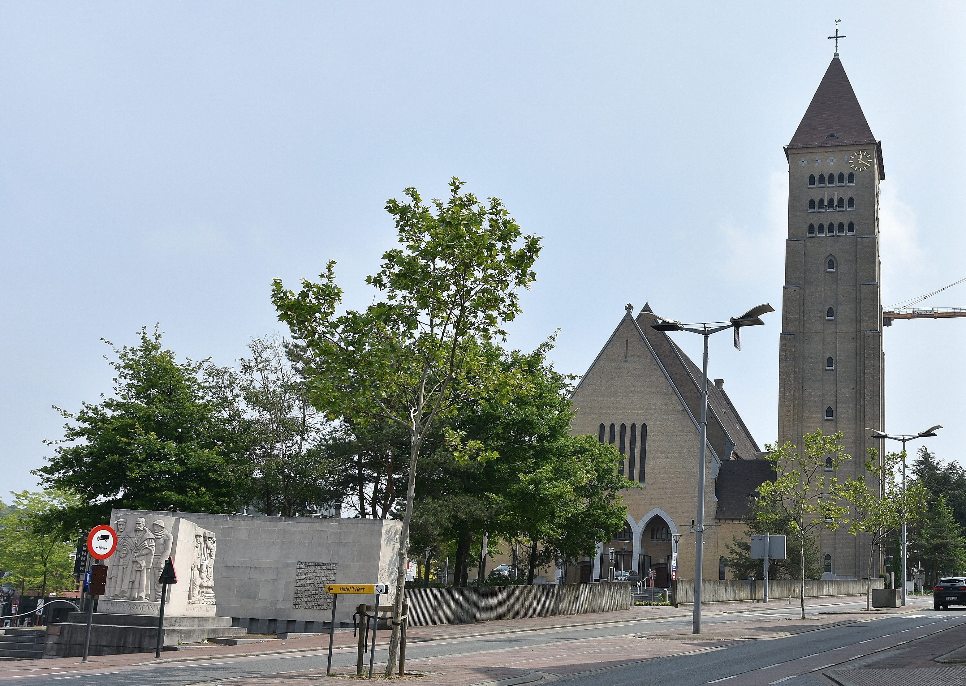 Sint Martinuskerk Genk Wikipedia