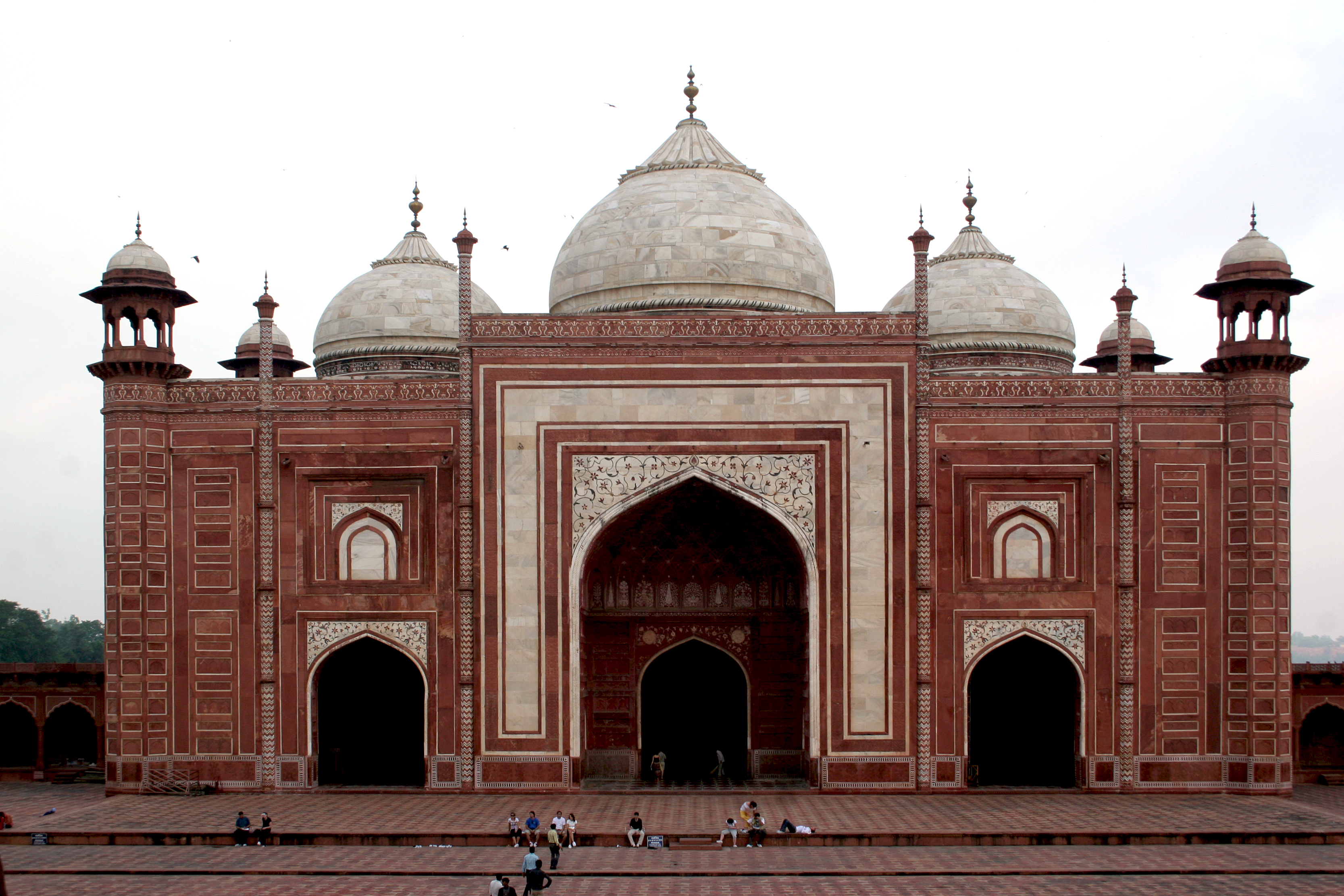 File taj mahal mosque wikipedia for Mosque exterior design