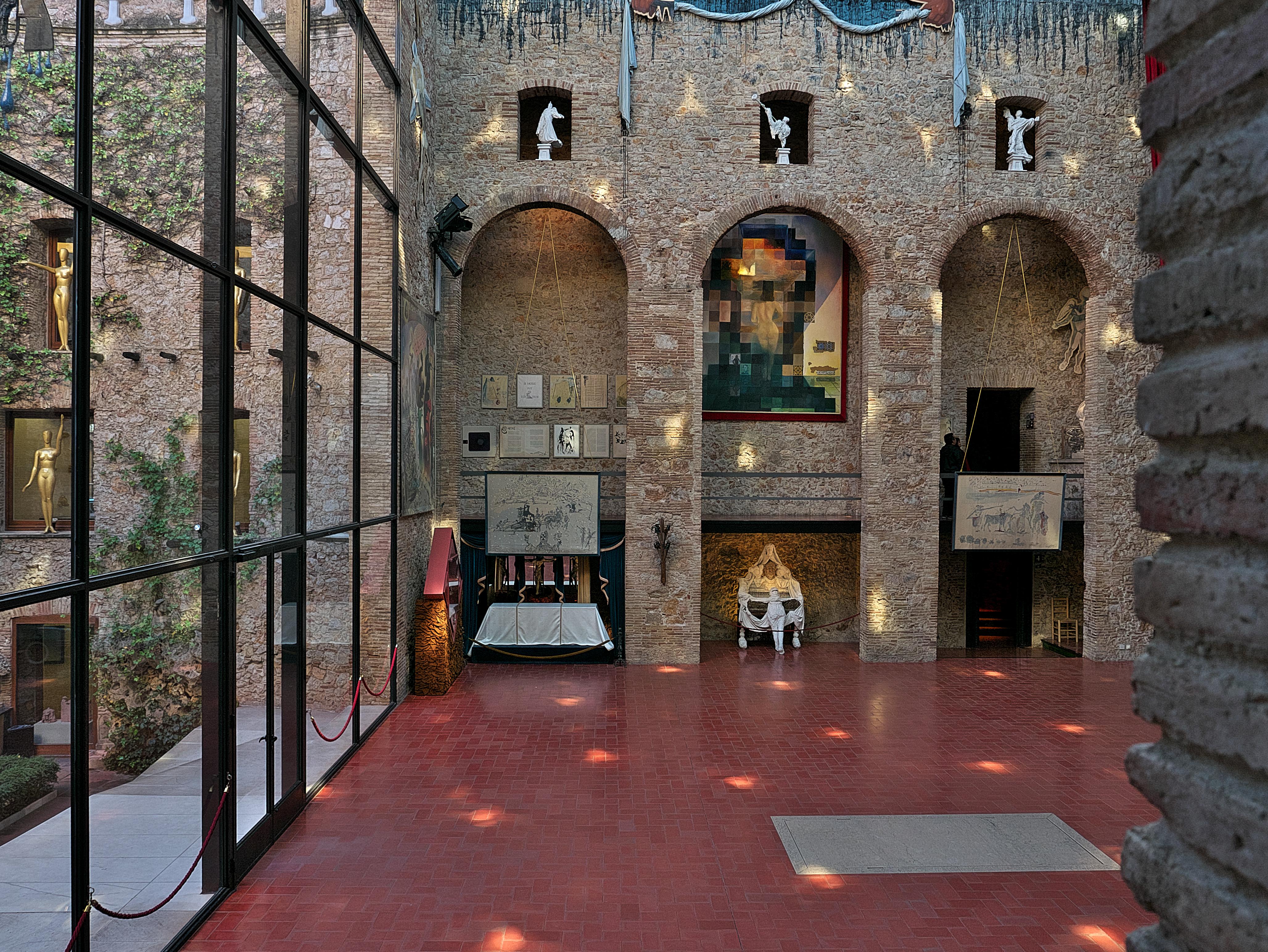Museo Dali Figueres.File Teatro Museo Dali Figueras Abraham Lincoln Jpg Wikimedia