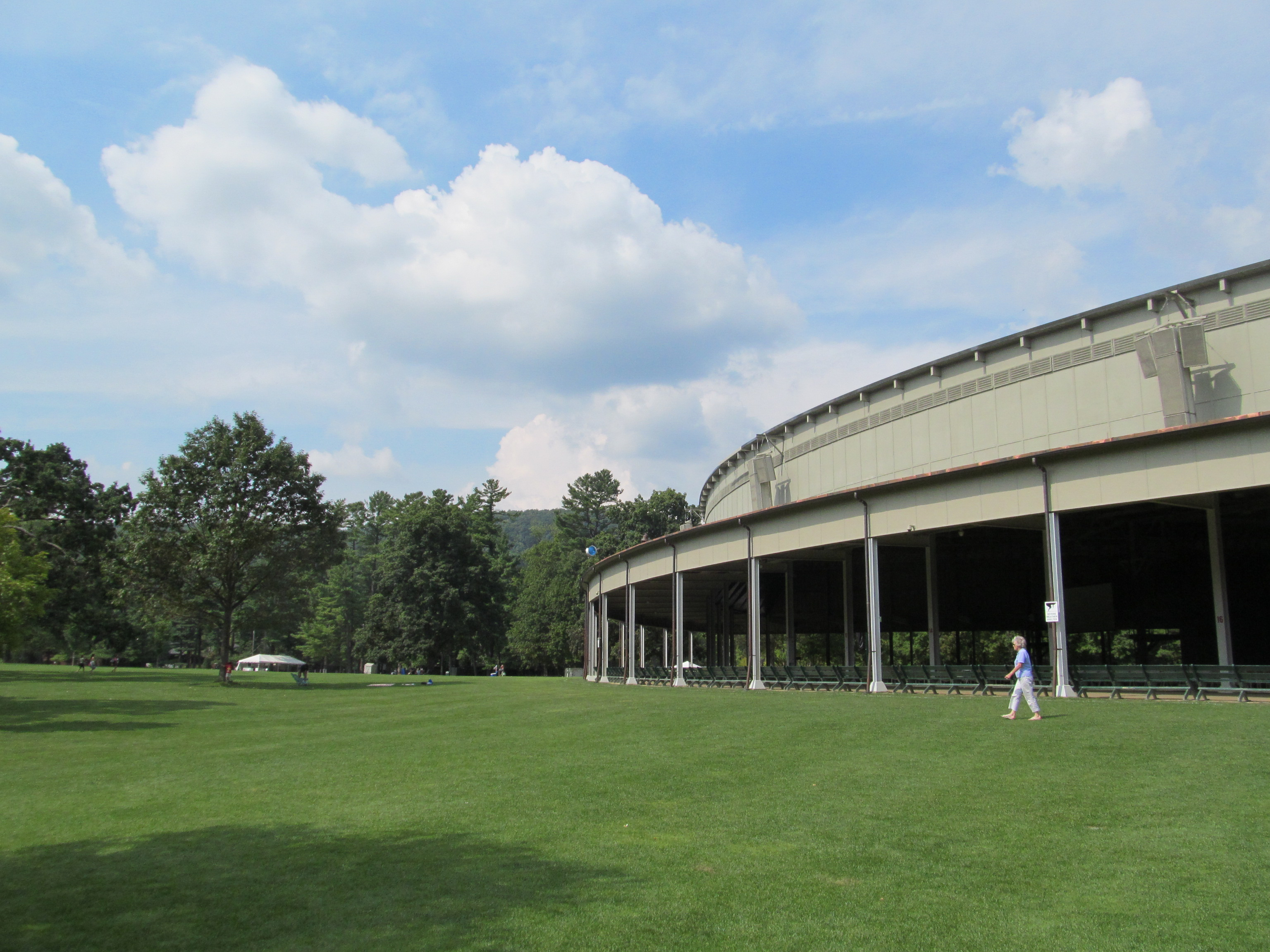 Opinions on tanglewood music center for The tanglewood