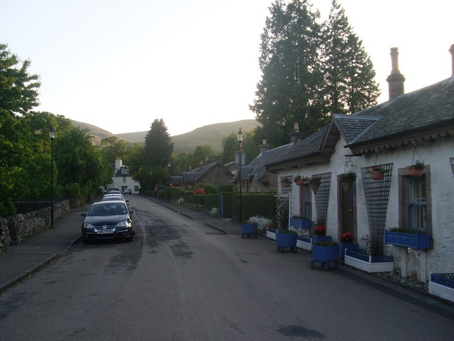 The heart of Luss - geograph.org.uk - 1898292