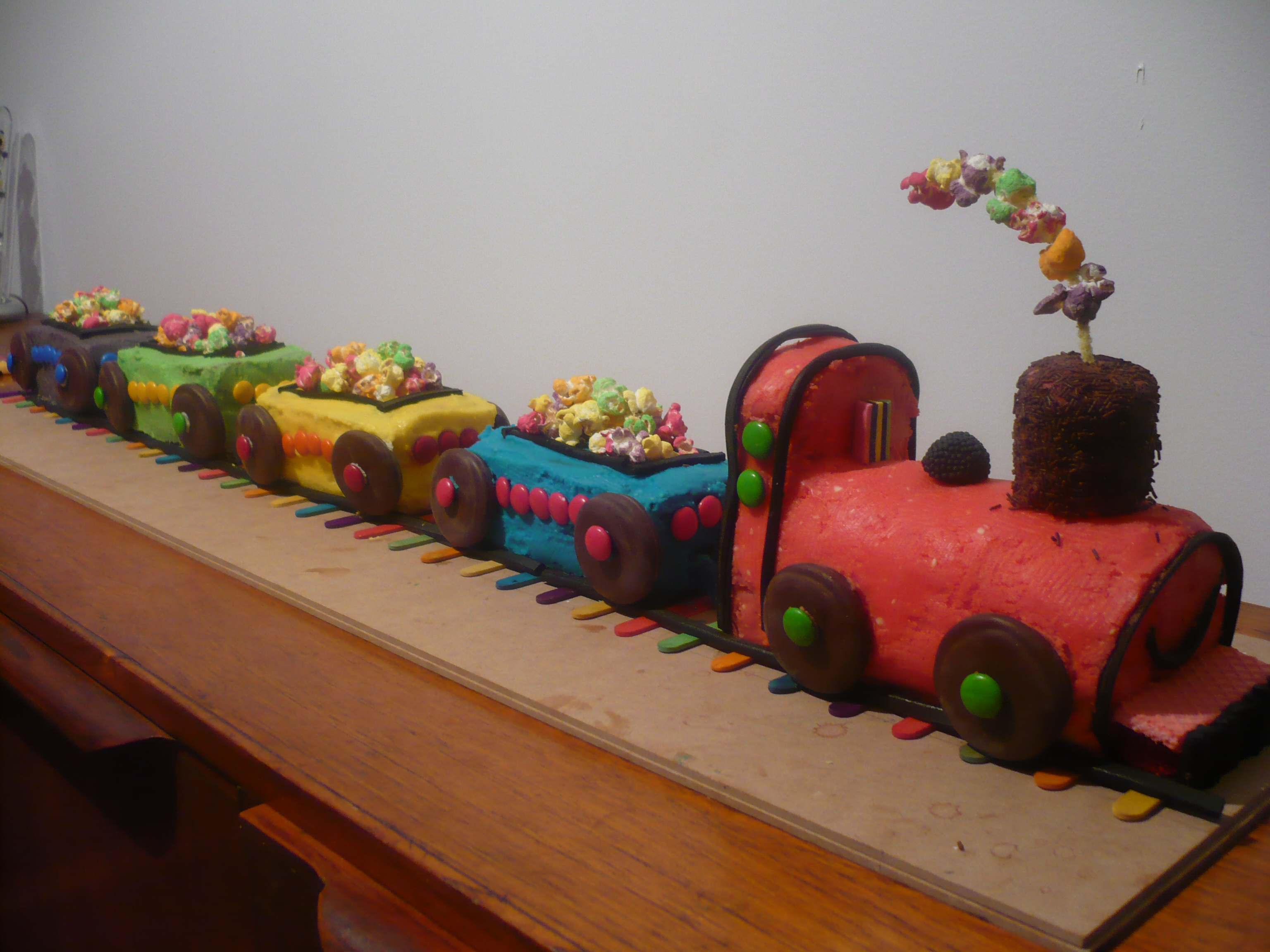Recreation Of The Train Cake