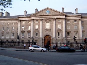 Trinity College Dublin 2.jpg