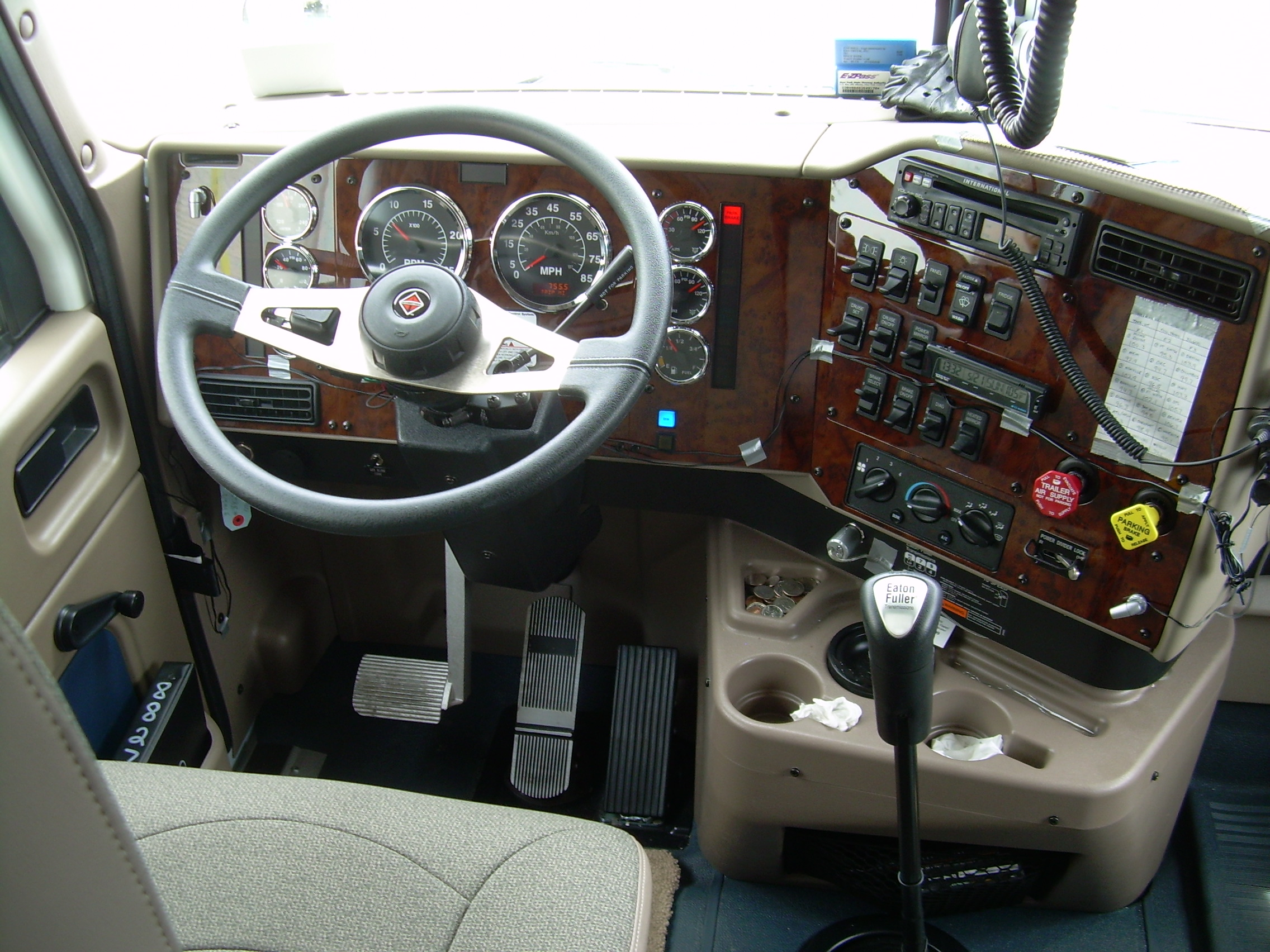 Description Truck cab.JPG