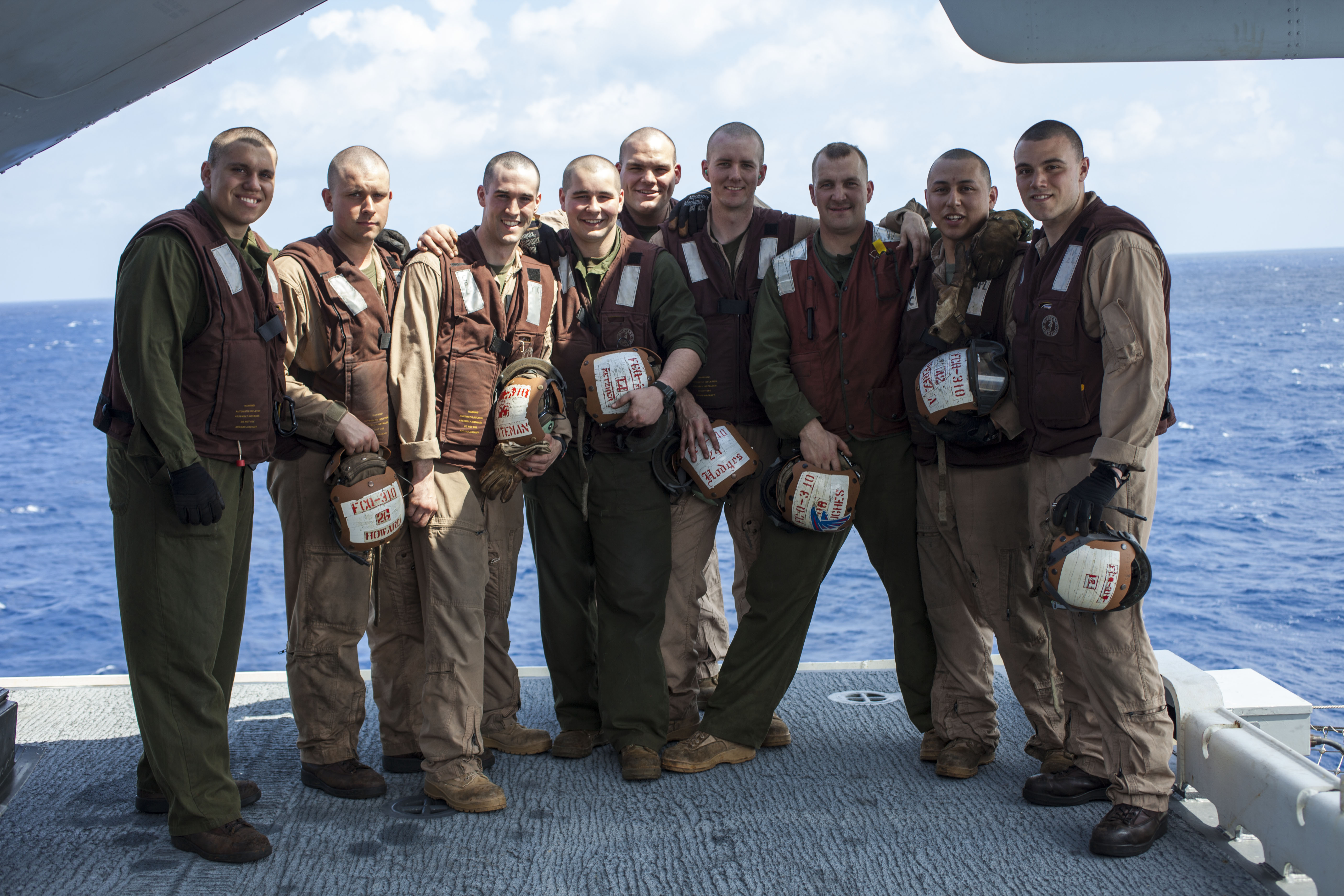 File:U. S. Marine Corps Crew chief and mechanics assigned to ...