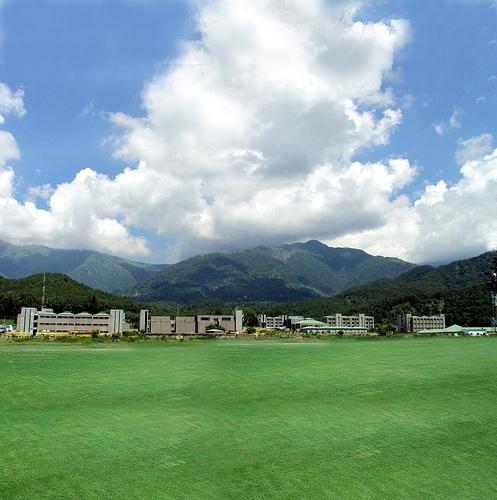 File:Upes dehradun campus2.jpg - Wikimedia Commons