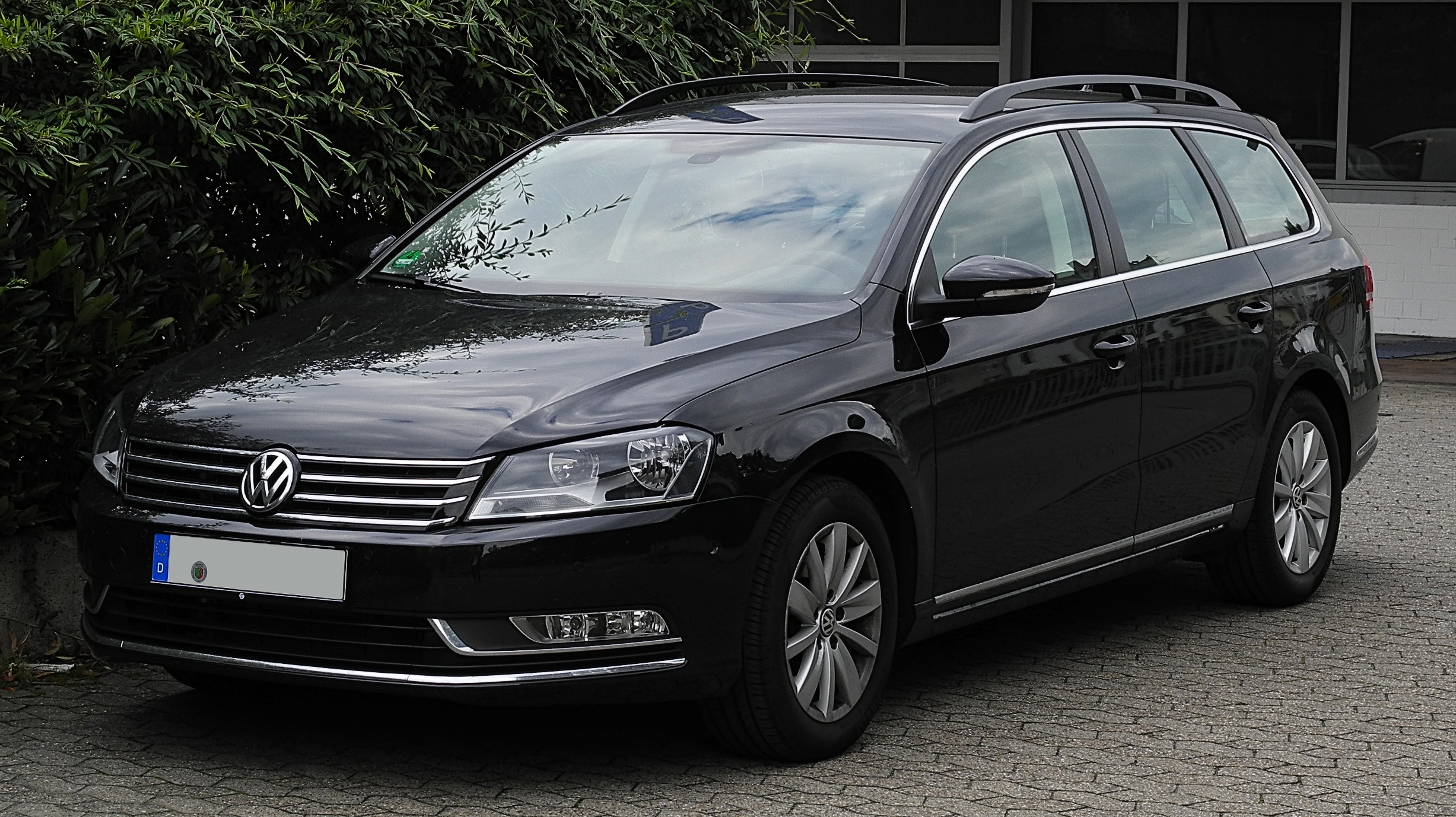 file vw passat variant 2 0 tdi bluemotion technology comfortline b7 frontansicht 2 juli. Black Bedroom Furniture Sets. Home Design Ideas