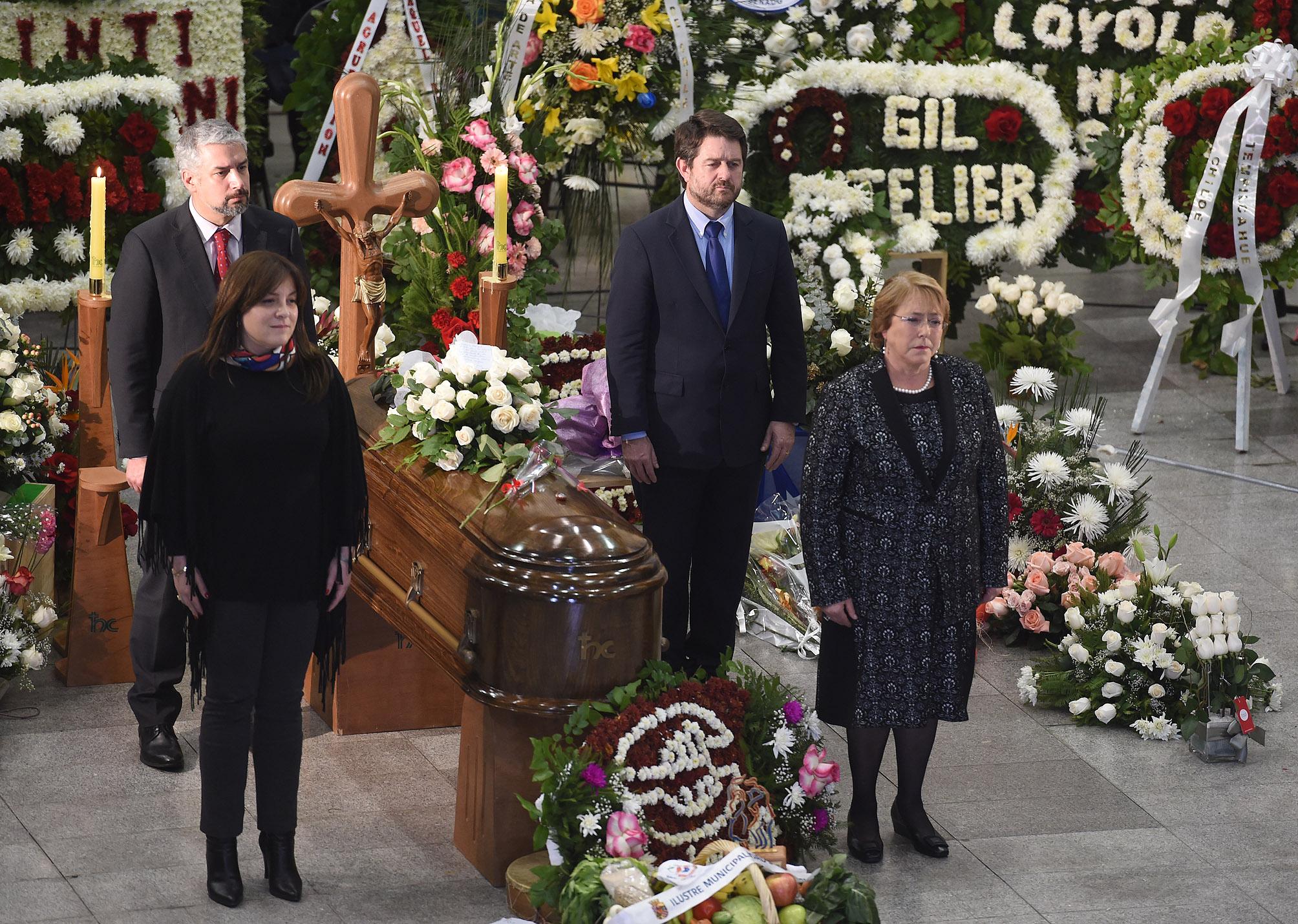 Velatorio de Loyola, con la presencia de la presidenta Michelle Bachelet.