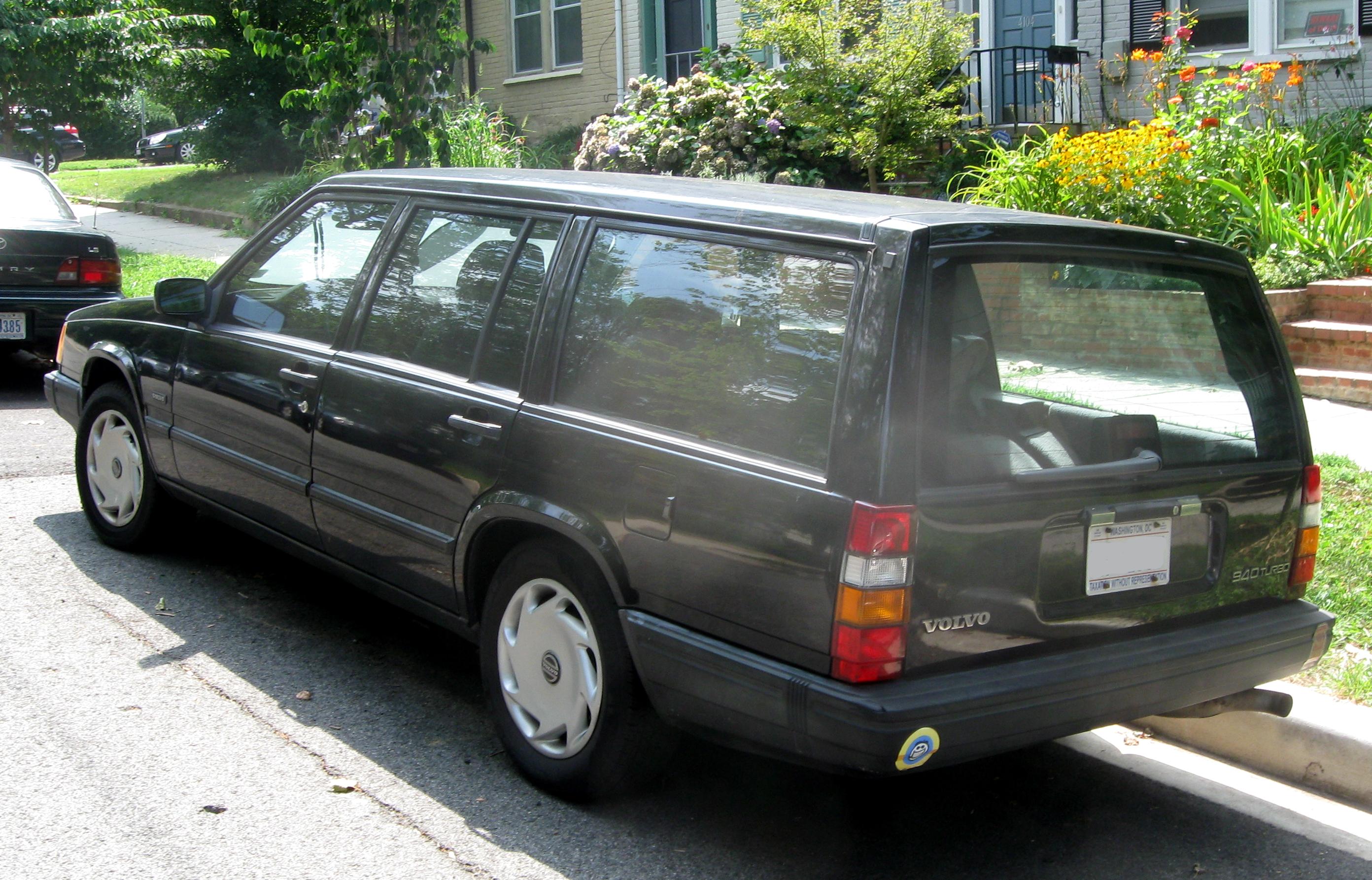 File Volvo 940 Wagon Rear 07 30 2009 Jpg