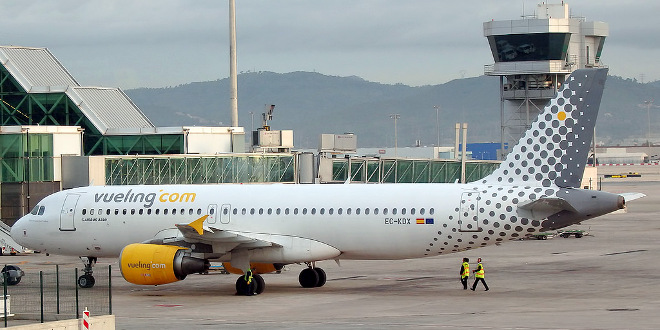 File vueling wikimedia commons for Oficinas vueling barcelona