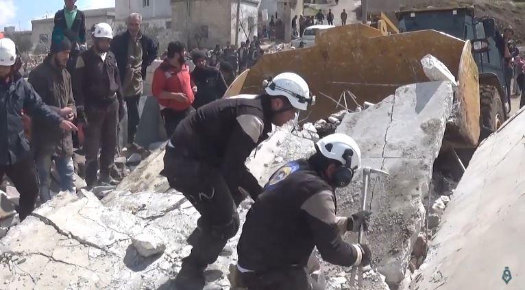 File:White Helmets Kafrowaid 21-3-2017.jpg