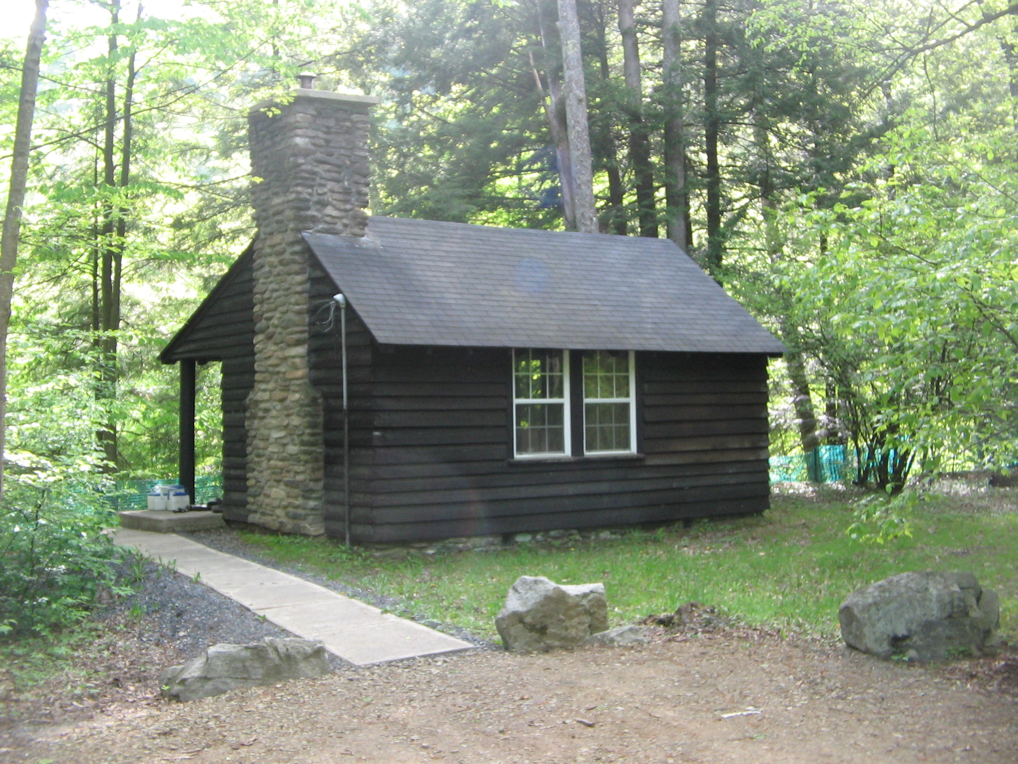 File Worlds End State Park Cabin Wikipedia