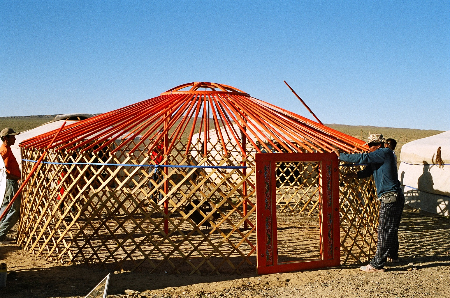 File Yurt Construction 2 Jpg Wikimedia Commons Have you ever dreamed of living in a belle tent or a yurt but were a bit unsure of how to build a platform for it? https commons wikimedia org wiki file yurt construction 2 jpg