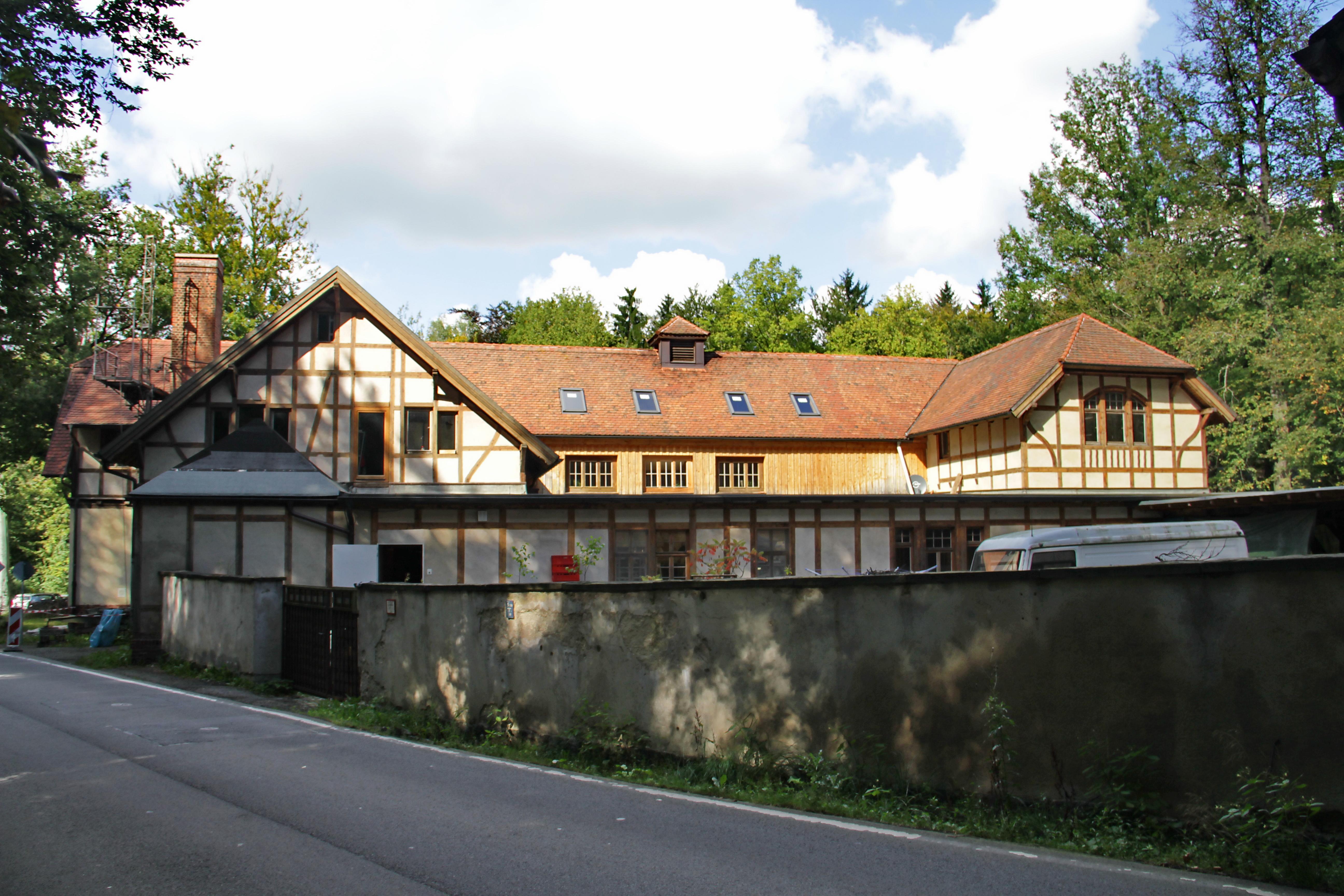 File:Zeisigwald Zeisigwaldschänke 2 LvT.JPG - Wikimedia Commons
