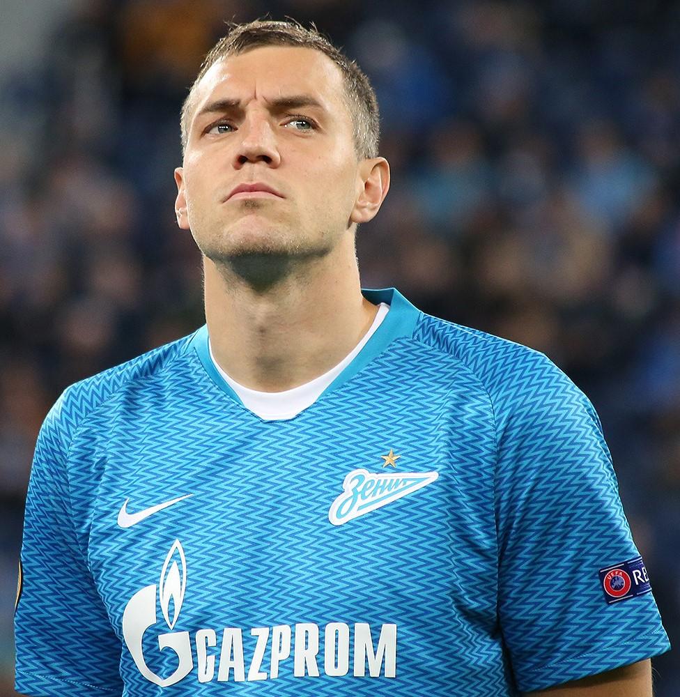 Дзюба открыл счет в матче «Динамо» — «Зенит»