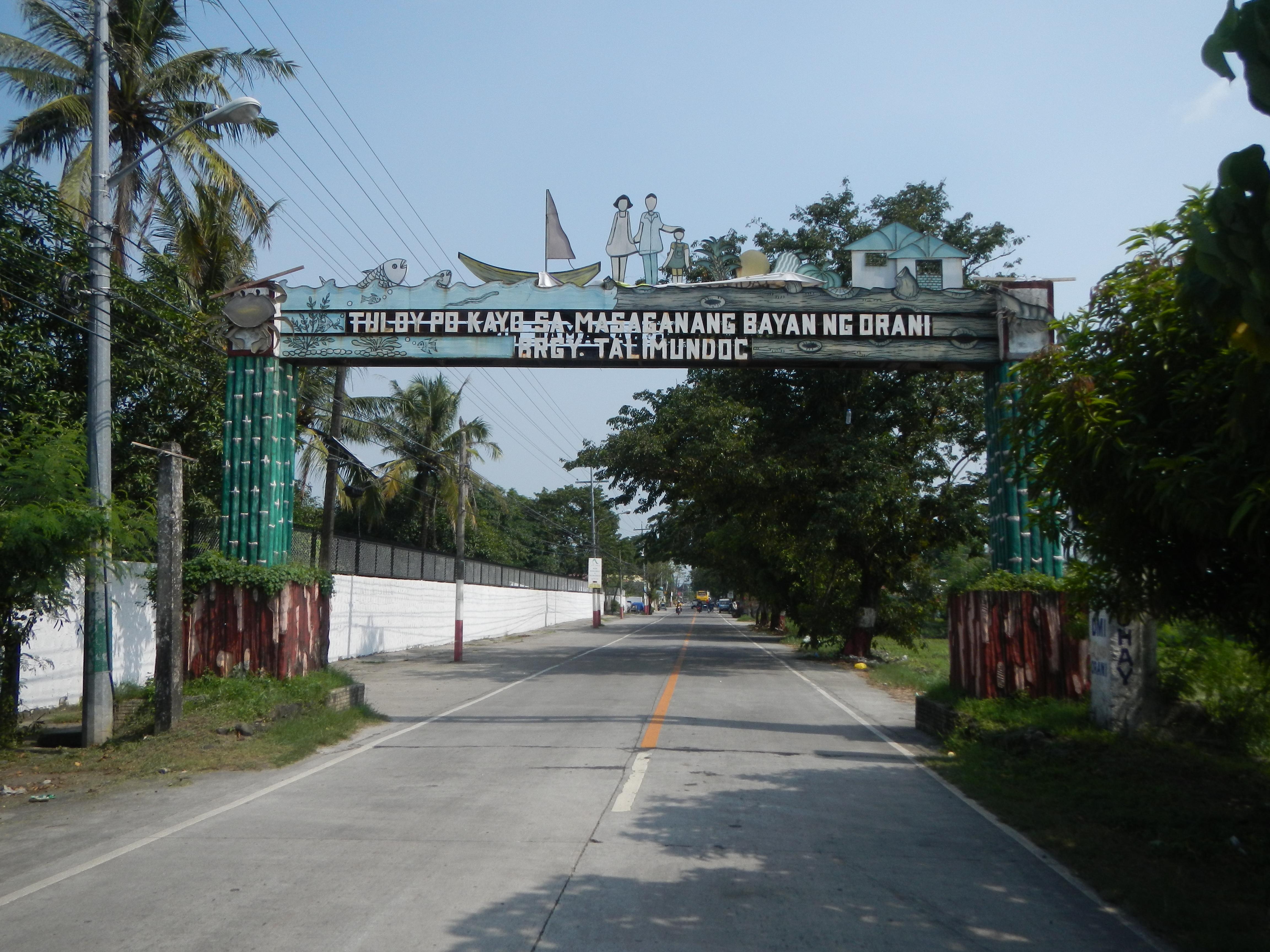 File:09251jfKaparangan Talimundoc Centro Orani Bataanfvf