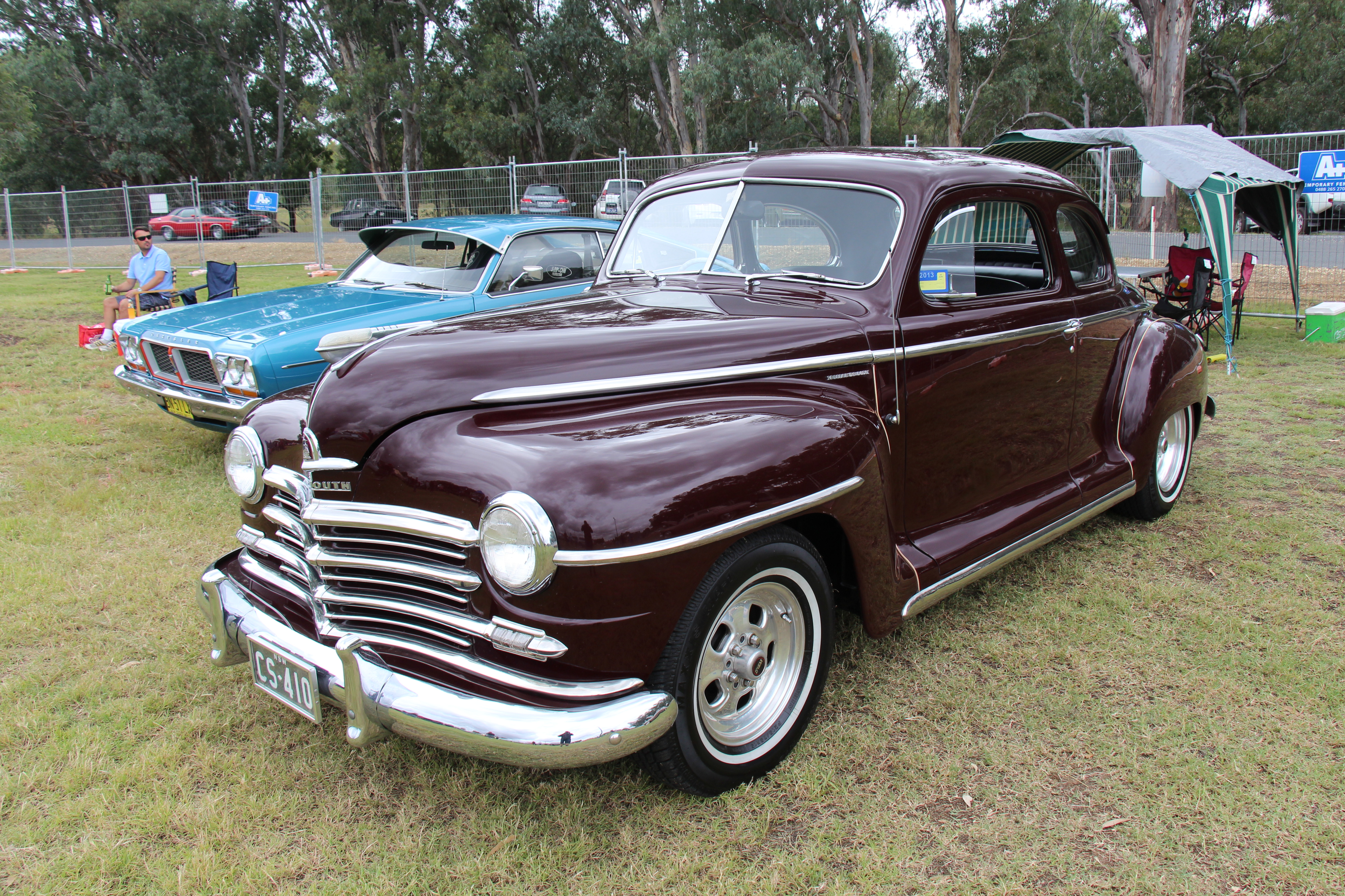 file 1948 plymouth special deluxe coupe 13460006344 jpg. Black Bedroom Furniture Sets. Home Design Ideas