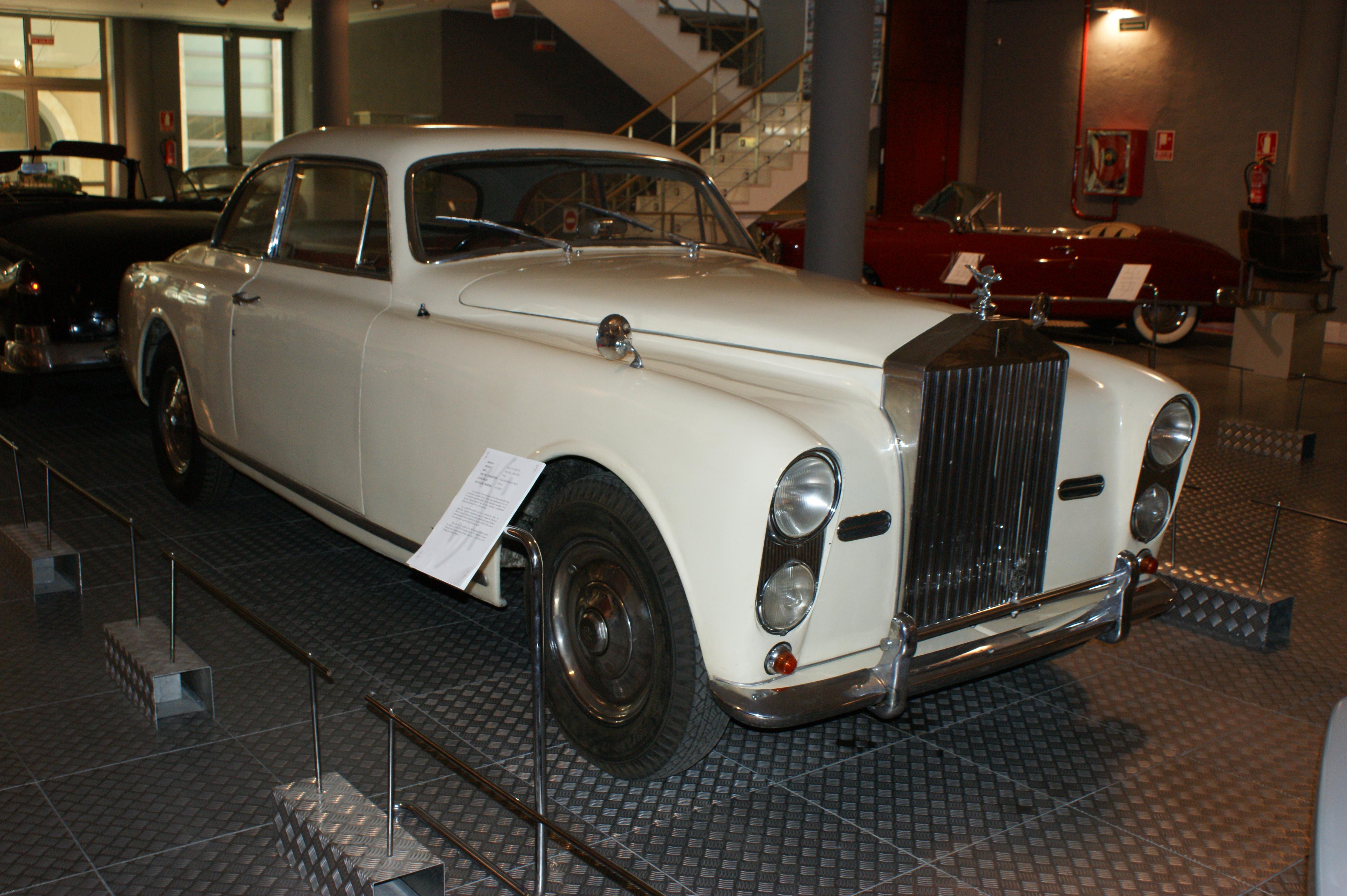 Rolls Royce Wraith Wikipedia Rolls Royce Silver Wraith 4.2