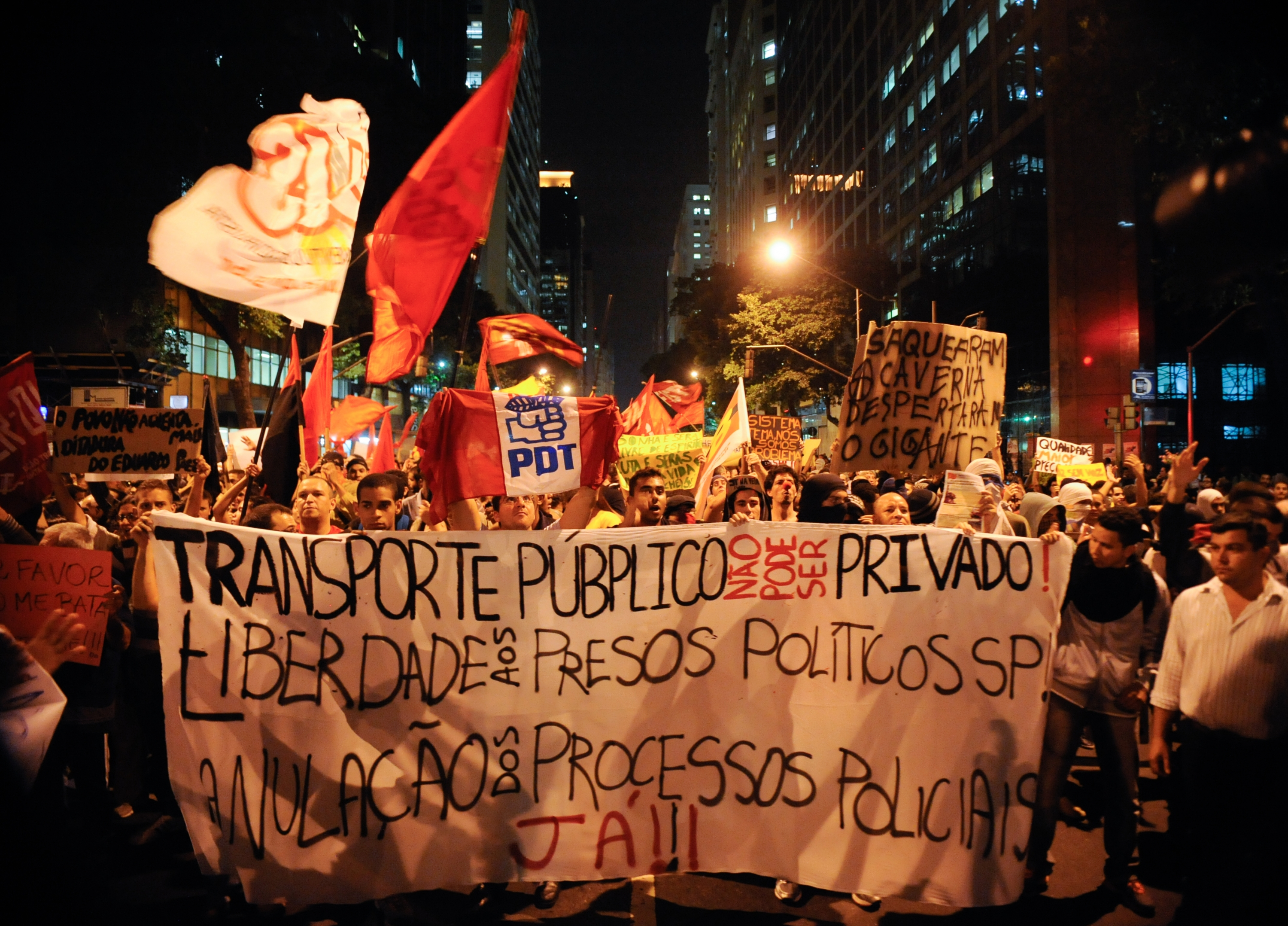 Protest 2013 File:2013 Brazilian Protests