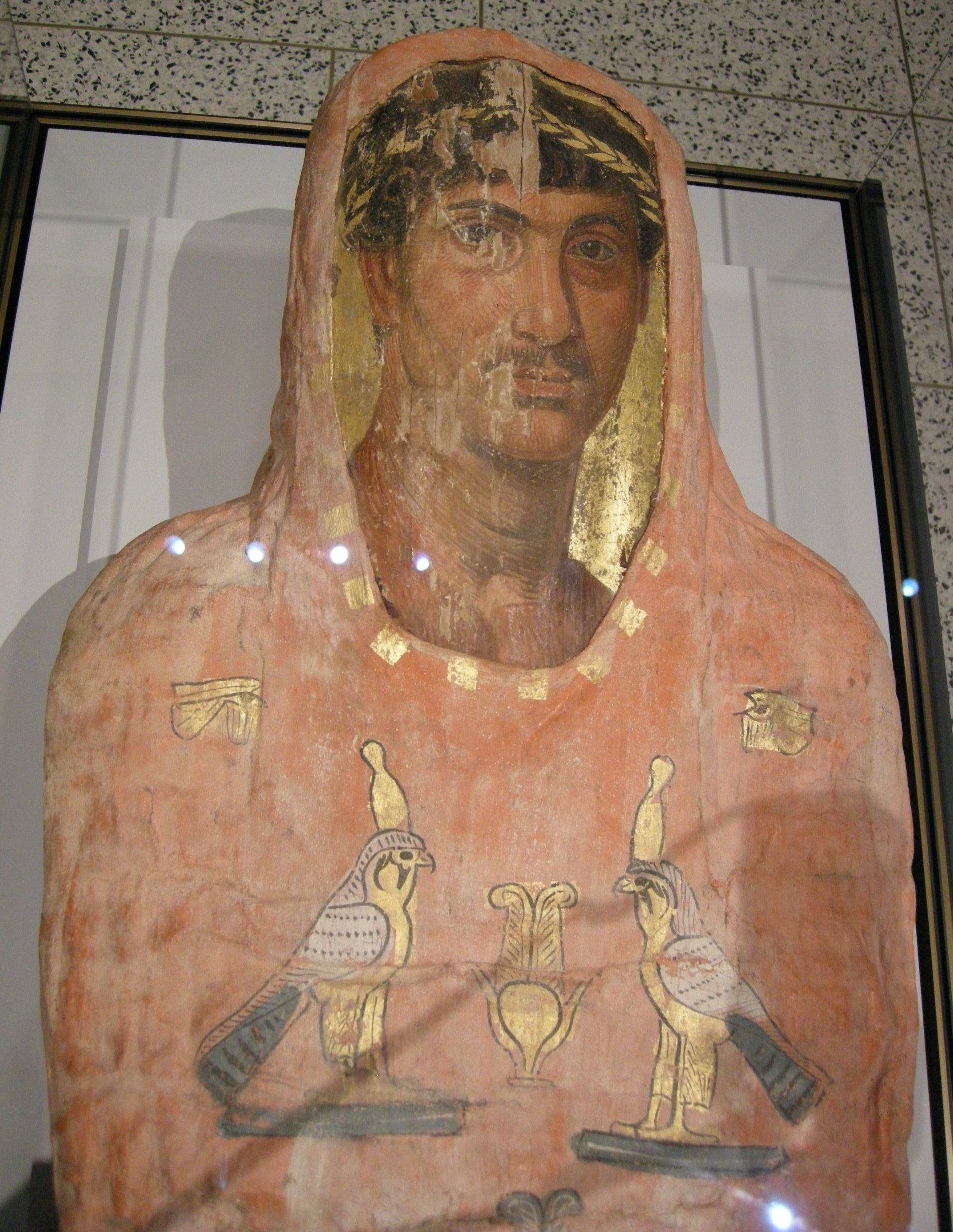 File:Arte romano-egizia, mummia di herakleides, 50-100, 02 ...