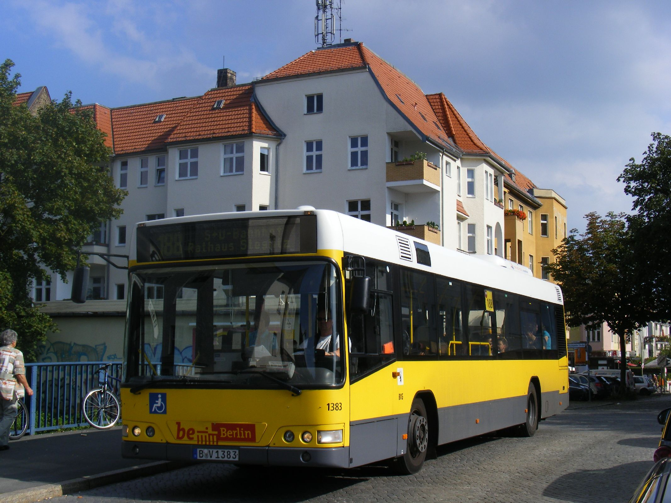 file bvg berlin bus b v 1383 linie 188 s bf botanischer garten flickr. Black Bedroom Furniture Sets. Home Design Ideas