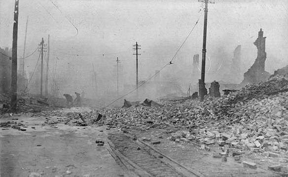 Baltimore Fire 1904 - West from Pratt and Gay Streets 3a.jpg