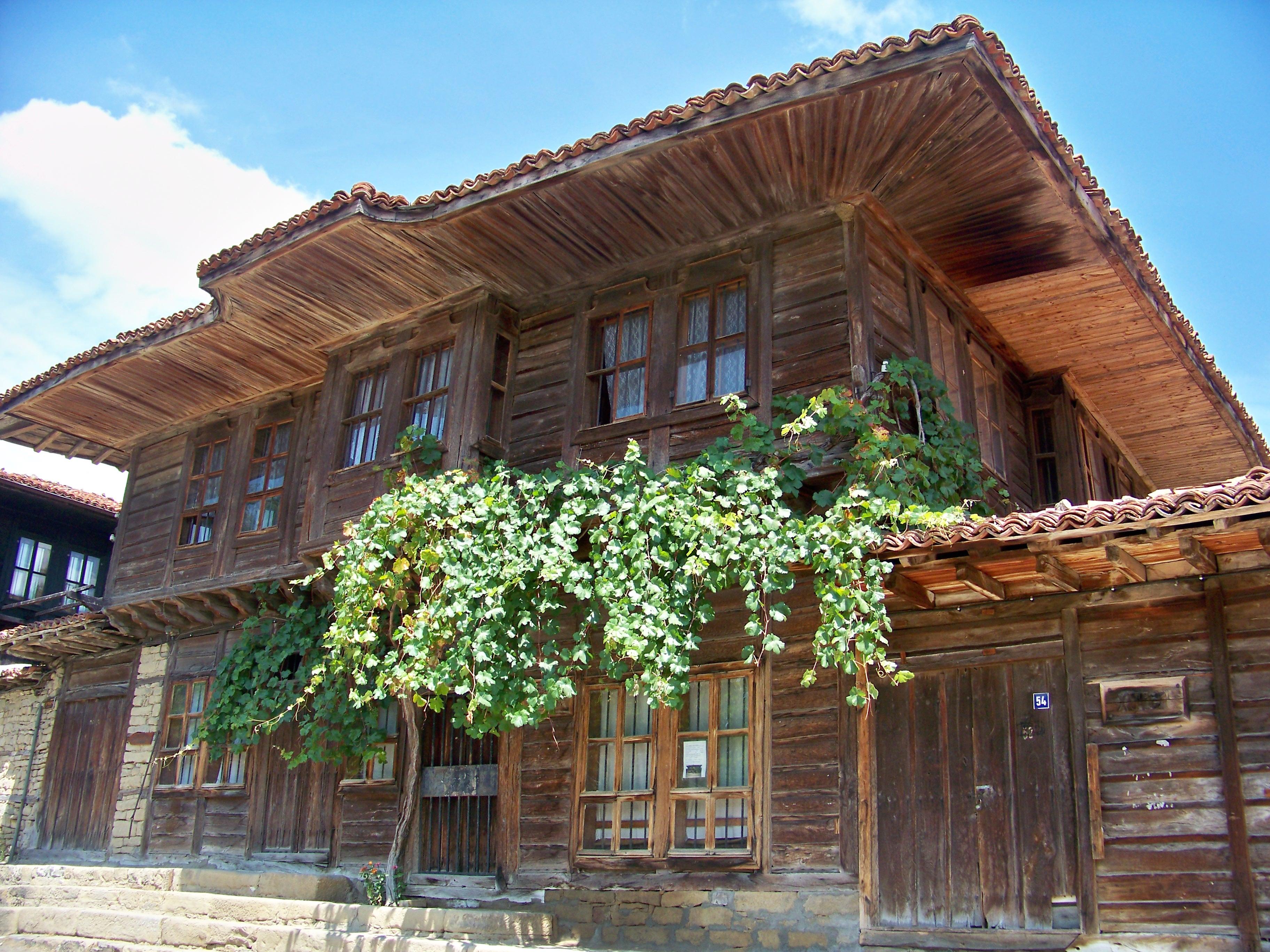 Wiedergeburtsarchitektur in Scherawna
