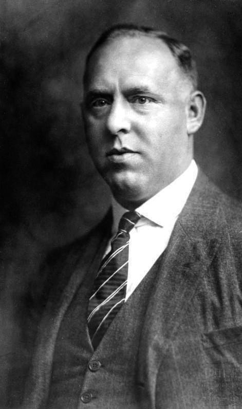 Gregor Strasser, líder del nazismo en el norte y oeste de Alemania, mantuvo el partido en activo. Autor: Desconocido, 1928. Fuente: Bundesarchiv, Bild 119-1721 (CC-BY-SA 3.0)