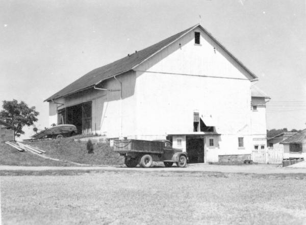 File:Caption- August 17, 1950. Kidron, Ohio. Jacob ...