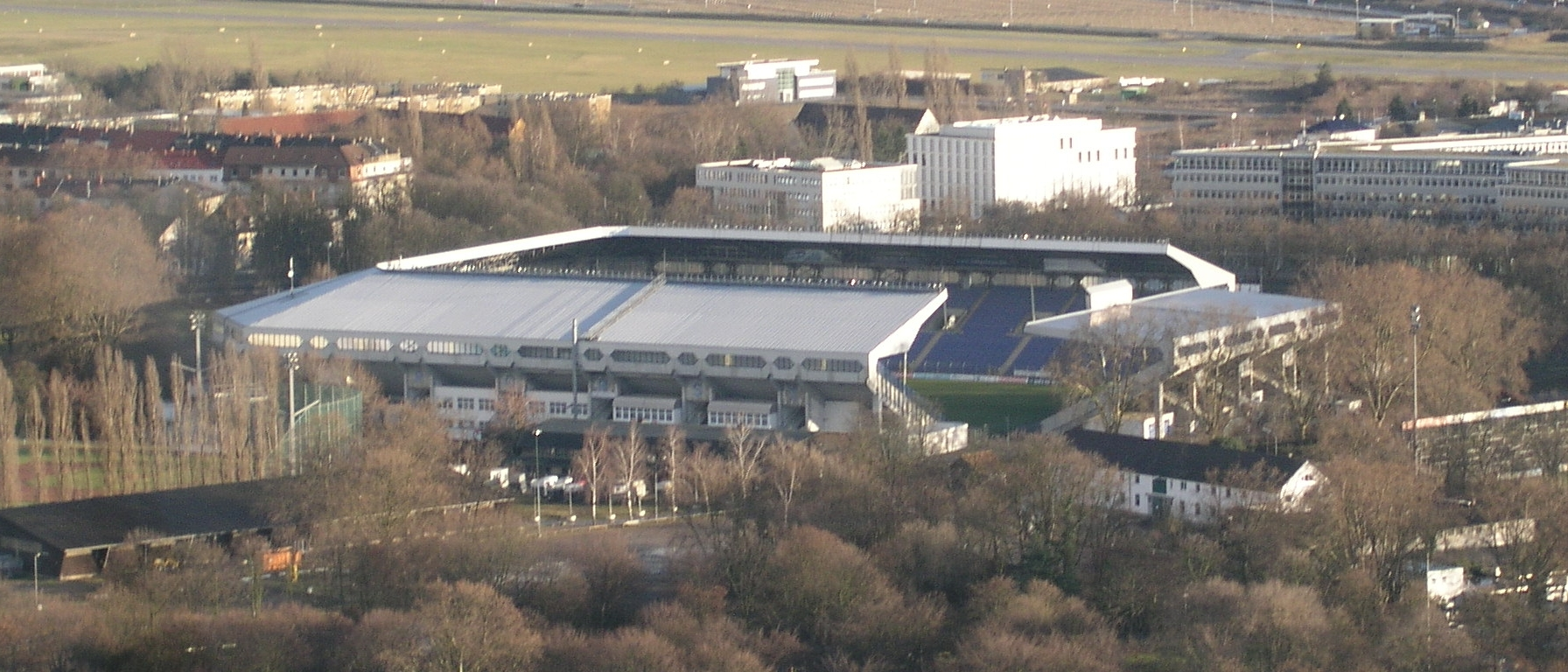Datei:Carl-Benz-Stadion.jpg