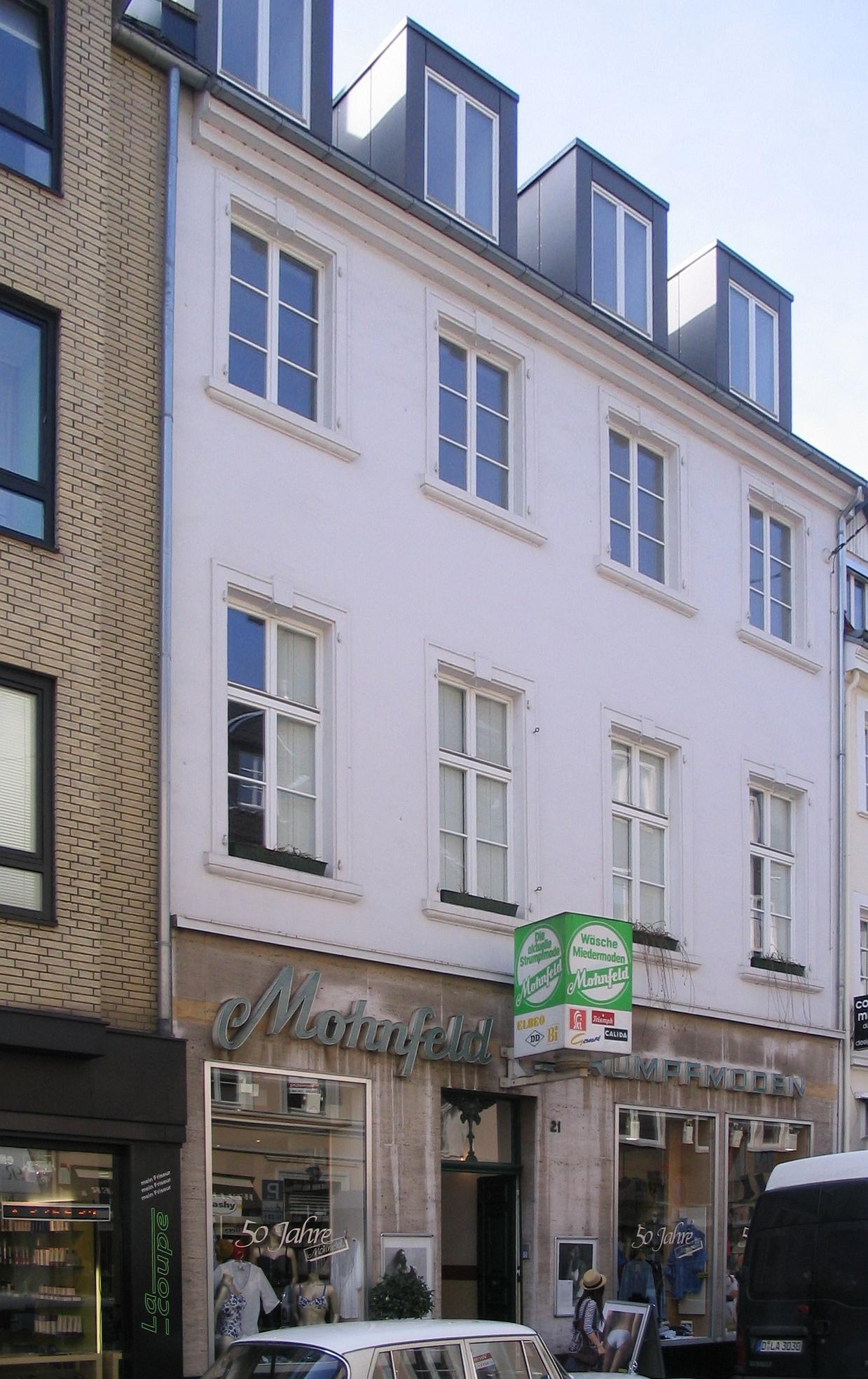 Hohe Stra Ef Bf Bde D Ef Bf Bdsseldorf Cafe