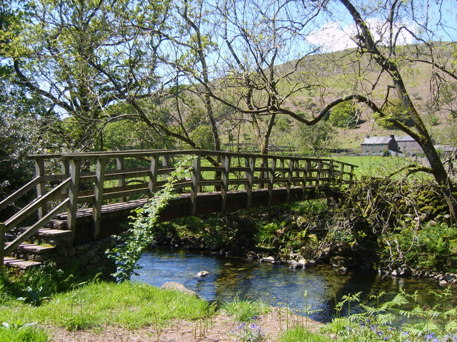 Footbridge, River Esk - geograph.org.uk - 1322995