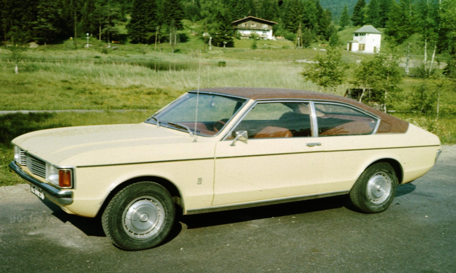 Ford Granada Mark I coupé, later version