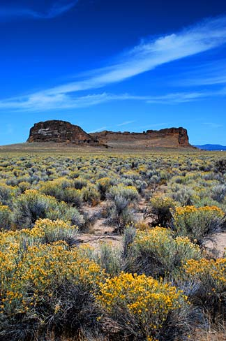 [Image: Fort_Rock_(Lake_County,_Oregon_scenic_im...A0077).jpg]
