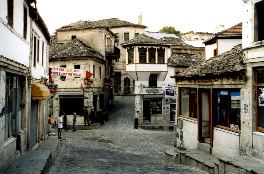 http://upload.wikimedia.org/wikipedia/commons/5/58/Gjirokaster.jpg
