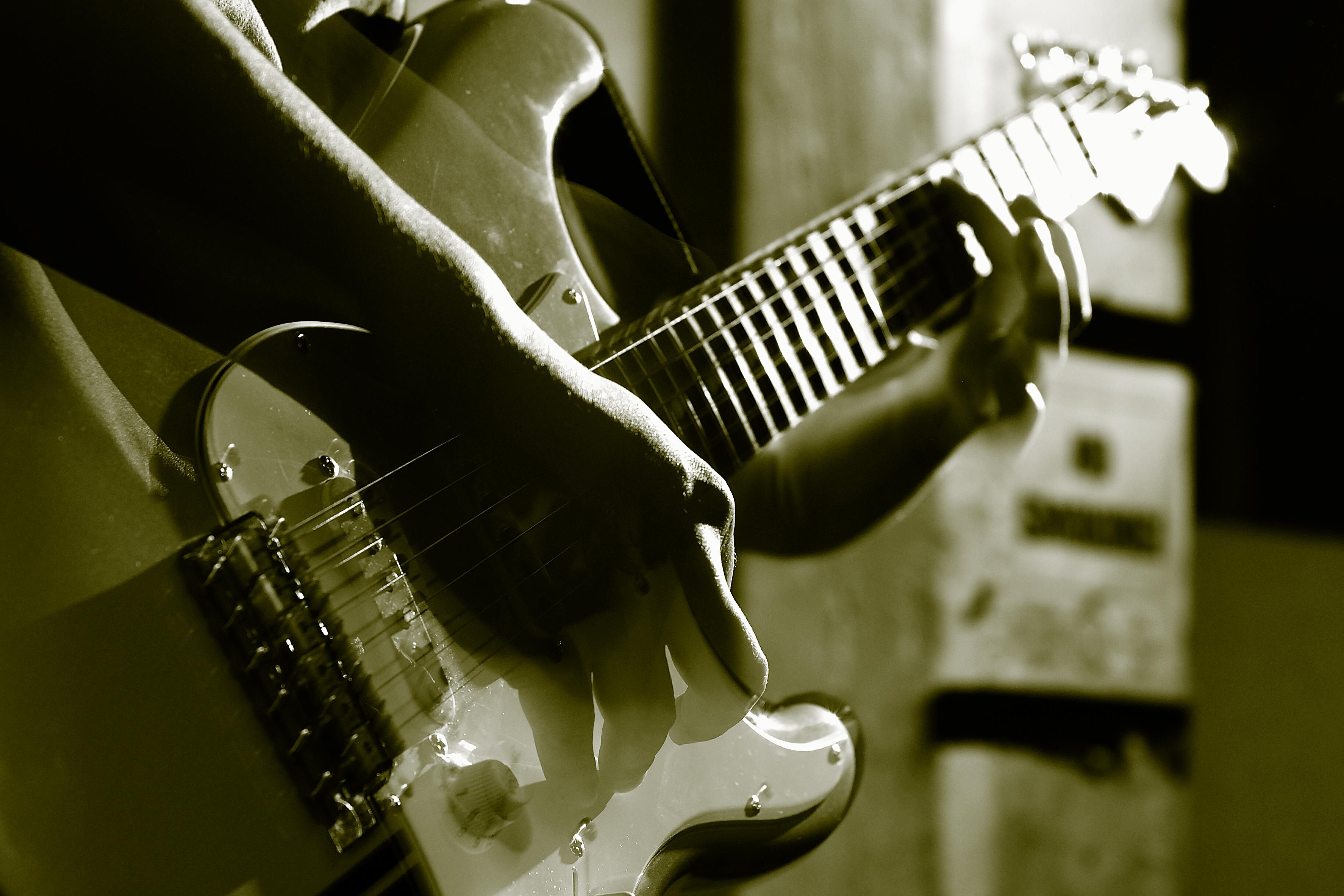 Guitar Who Play Yamaha Acoustic