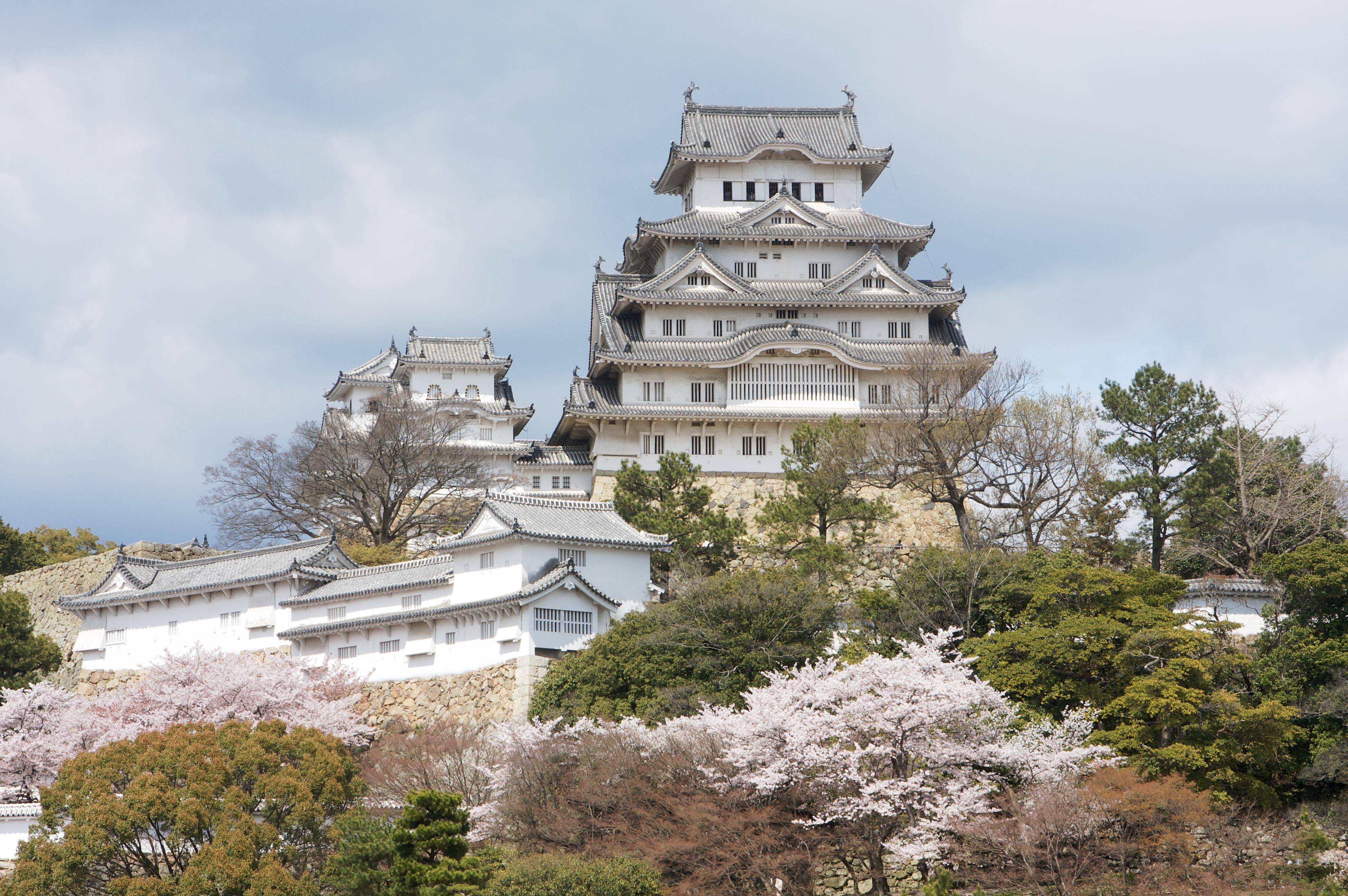 File himeji castle wikimedia commons for Architecture japonaise