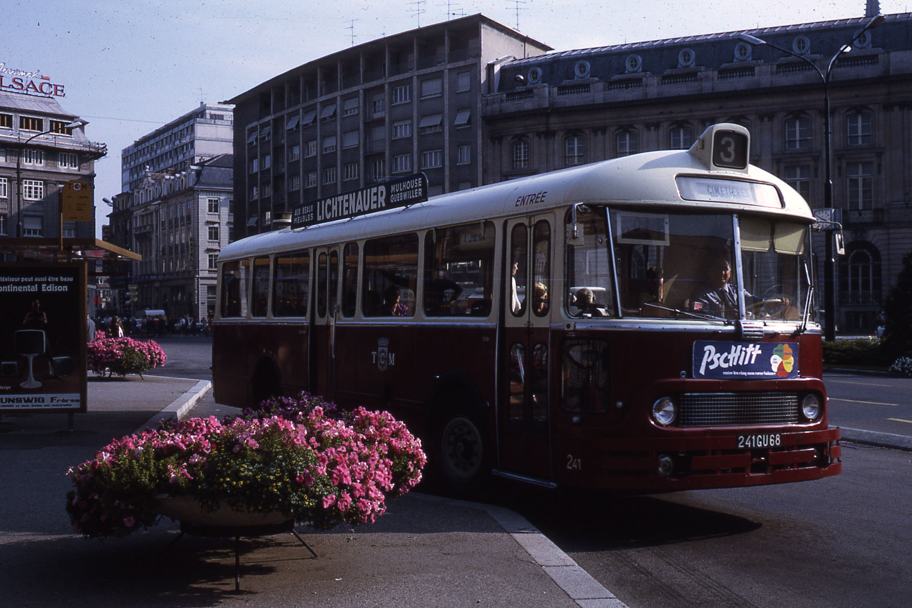 file jhm 1971 1090 mulhouse bus wikimedia commons. Black Bedroom Furniture Sets. Home Design Ideas