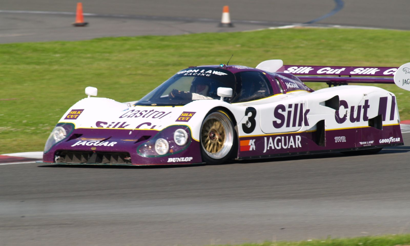 Jaguar_XJR12.jpg